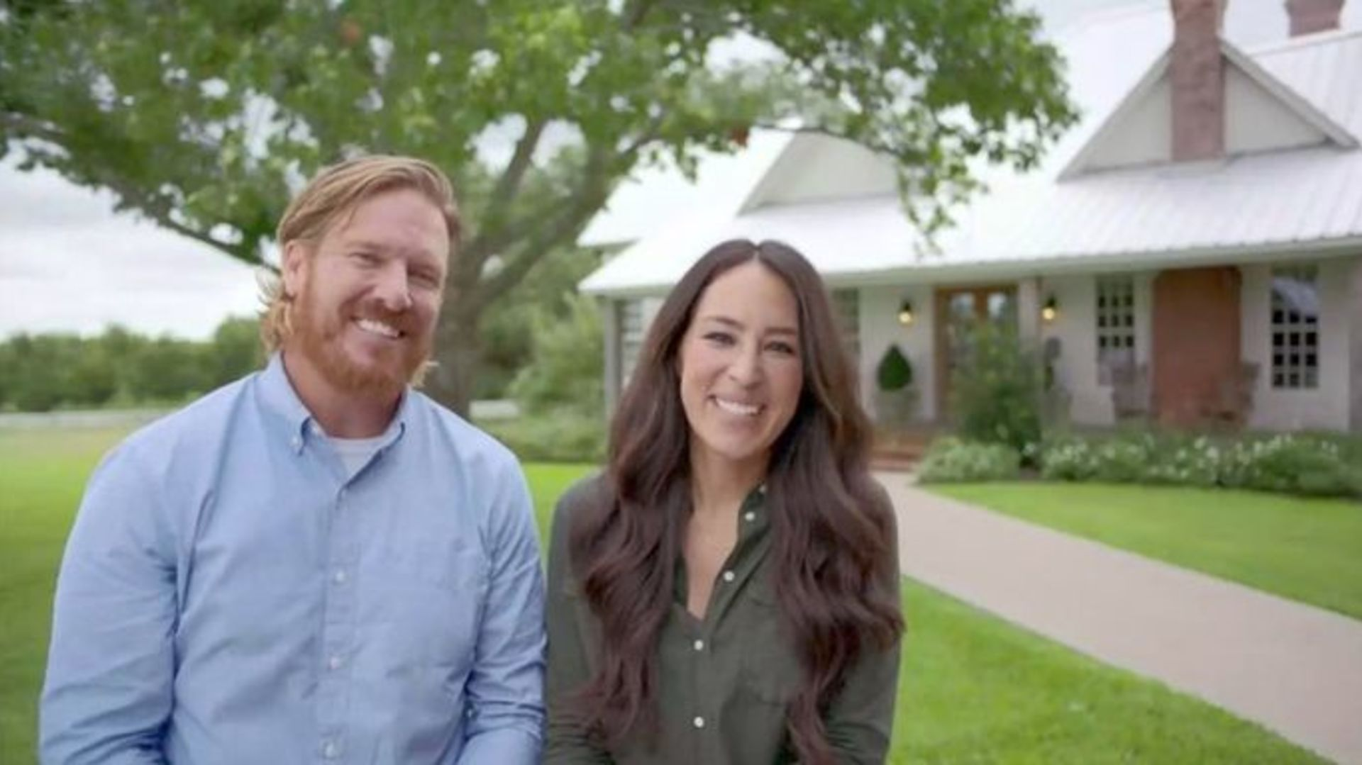 10 Chip and Joanna Gaines Goods at Target That'll Rock Your Thanksgiving