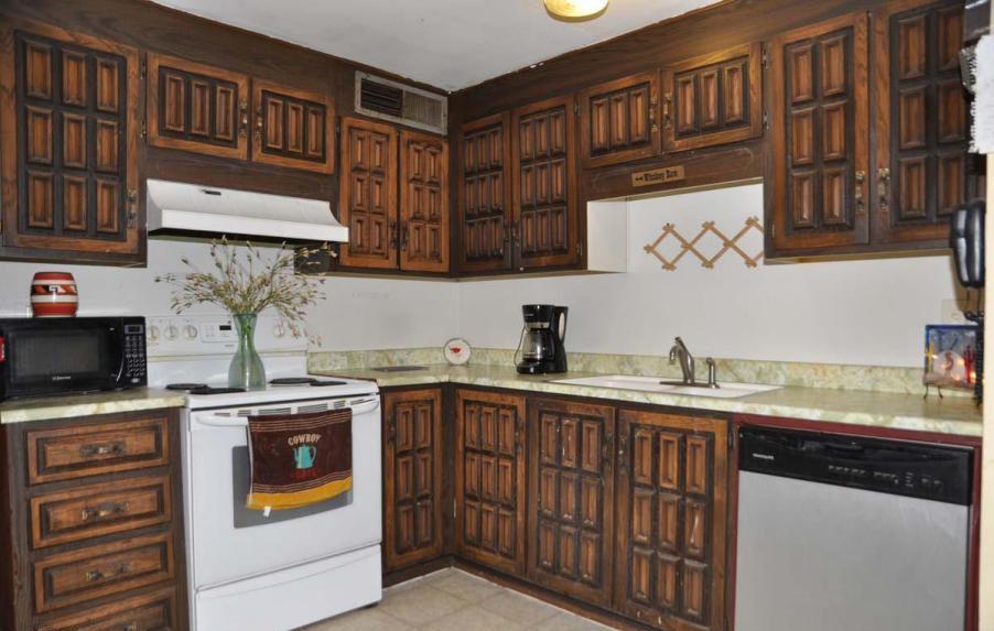 kitchen cabinets painted kitchen cabinets update kitchen cabinets