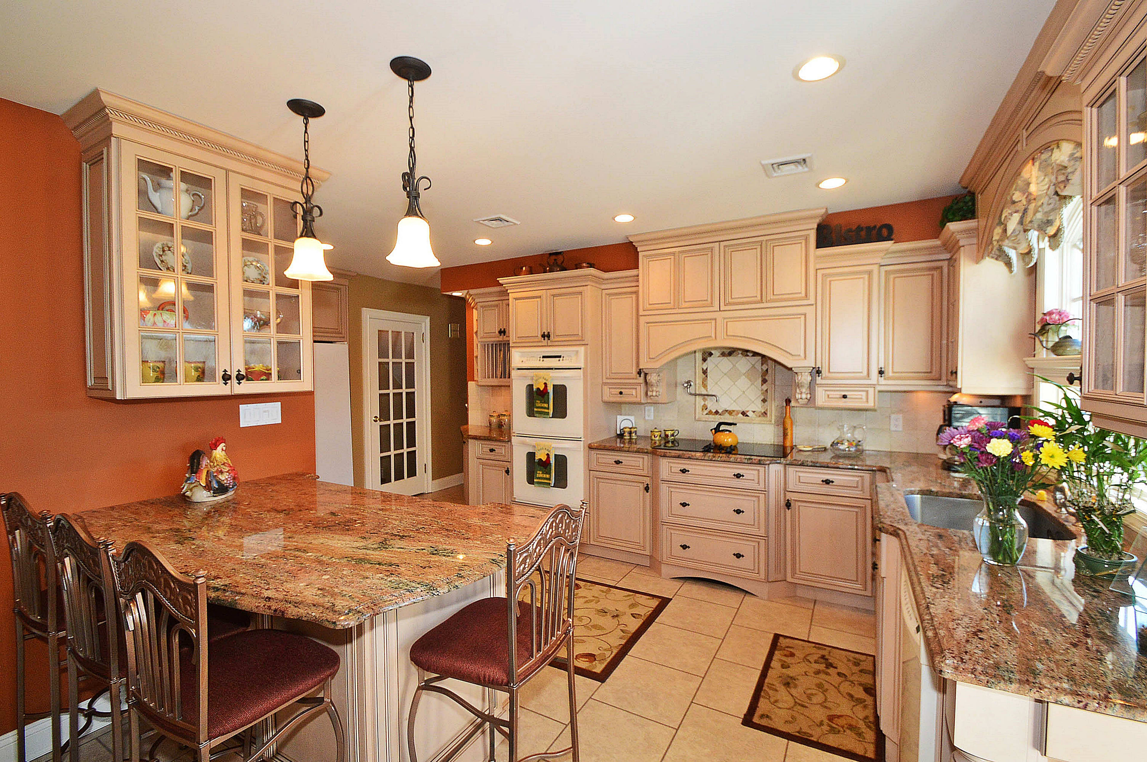 Newman Realty- Malverne Real Estate