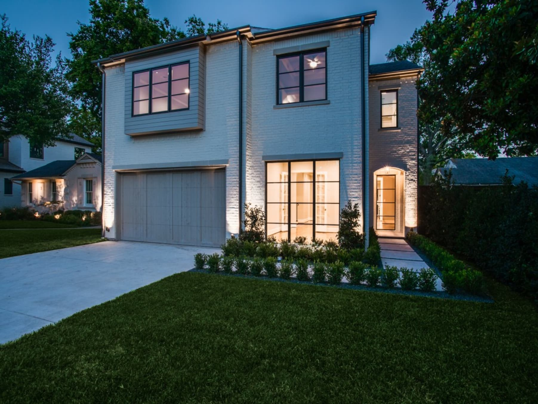 Dallas Luxury Real Estate Alexandre Christie Ac 2531 Silver Gold New Construction In Briarwood 4722 Purdue
