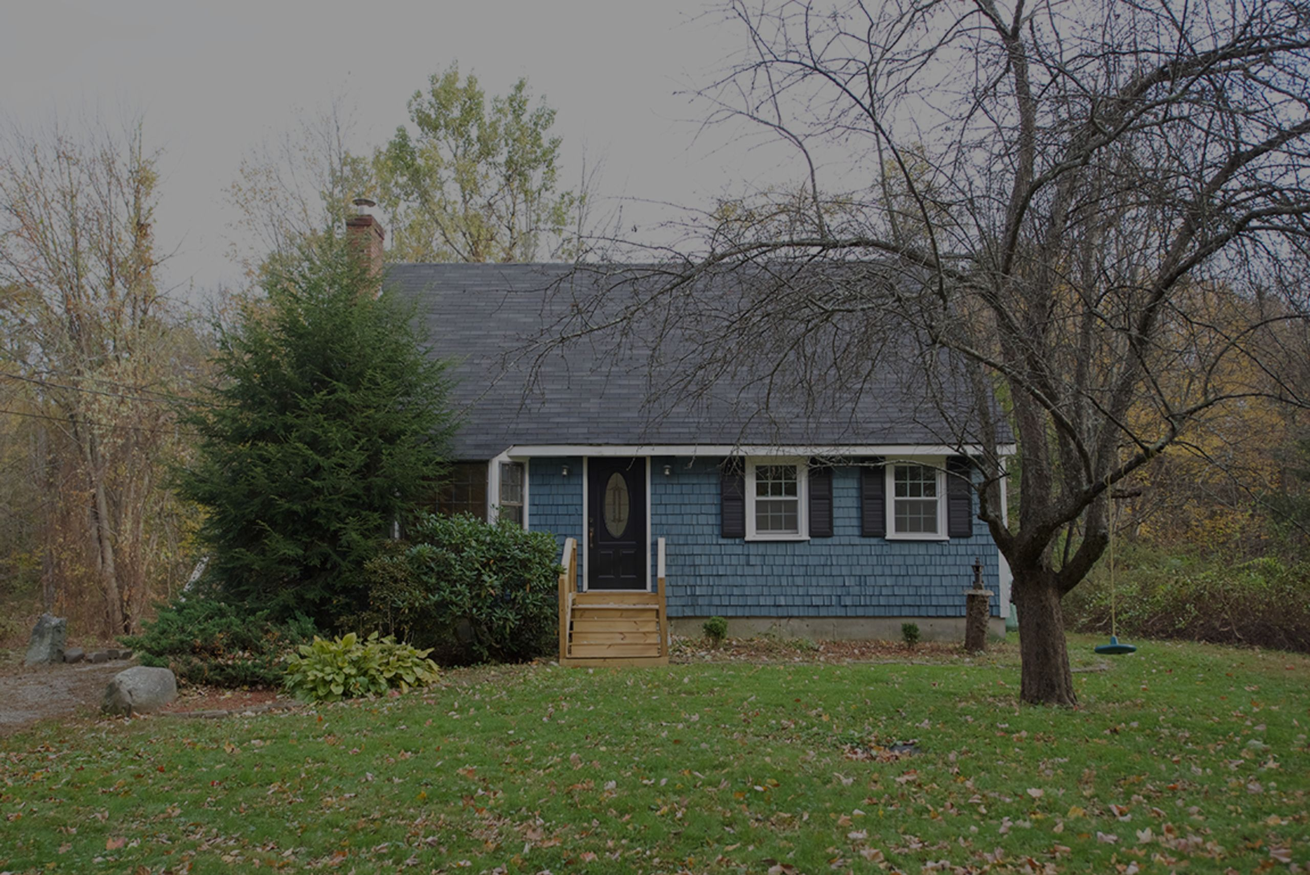 Super cute 4 bedroom cape on on over an acre-215 South Rd, Fremont NH