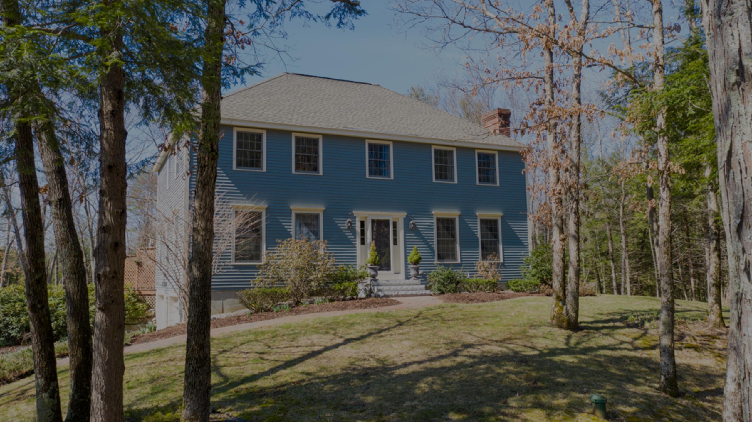 Elegant Colonial in a Fantastic Hampstead Area – $489,500