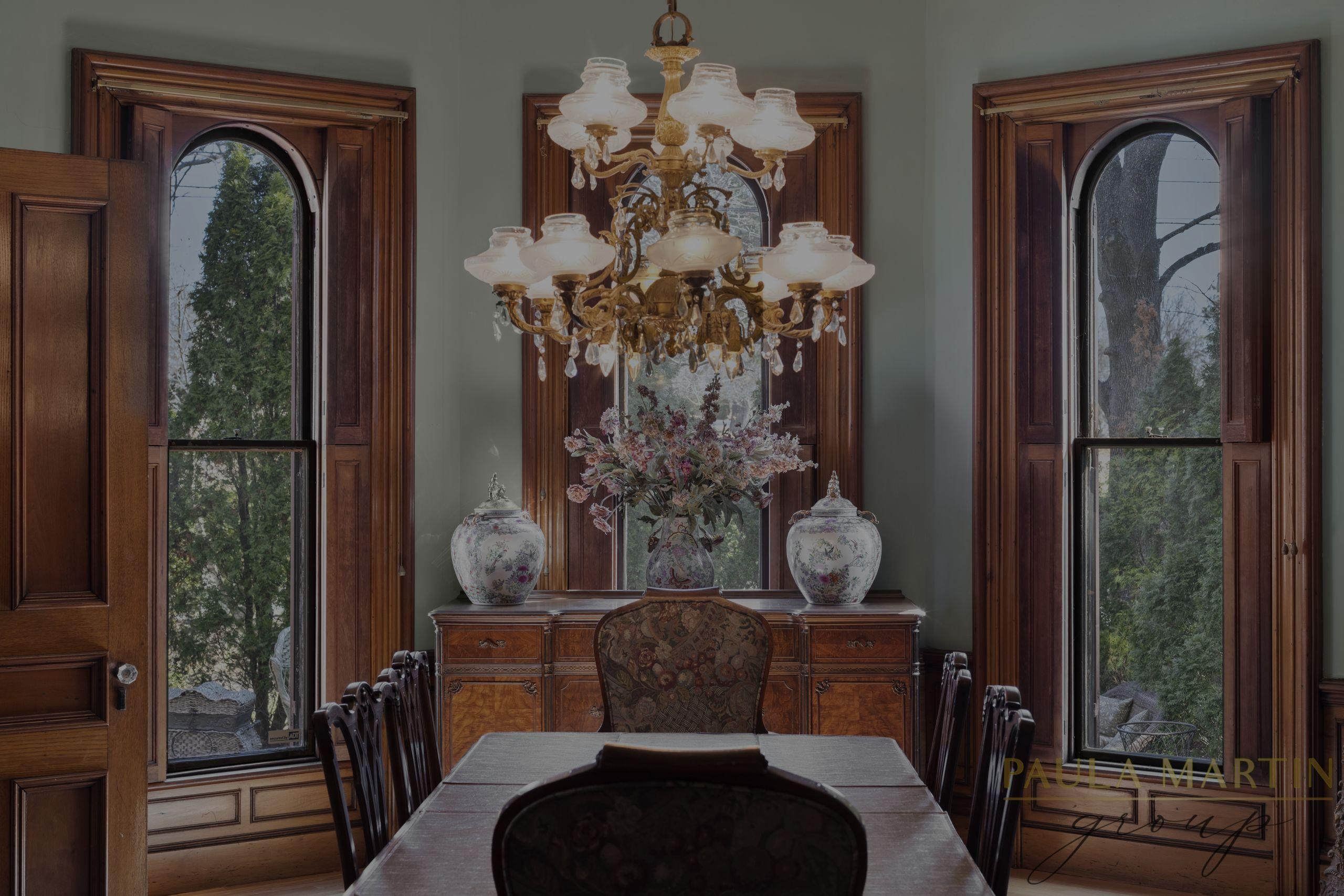 The Hubbard Varney Mansion