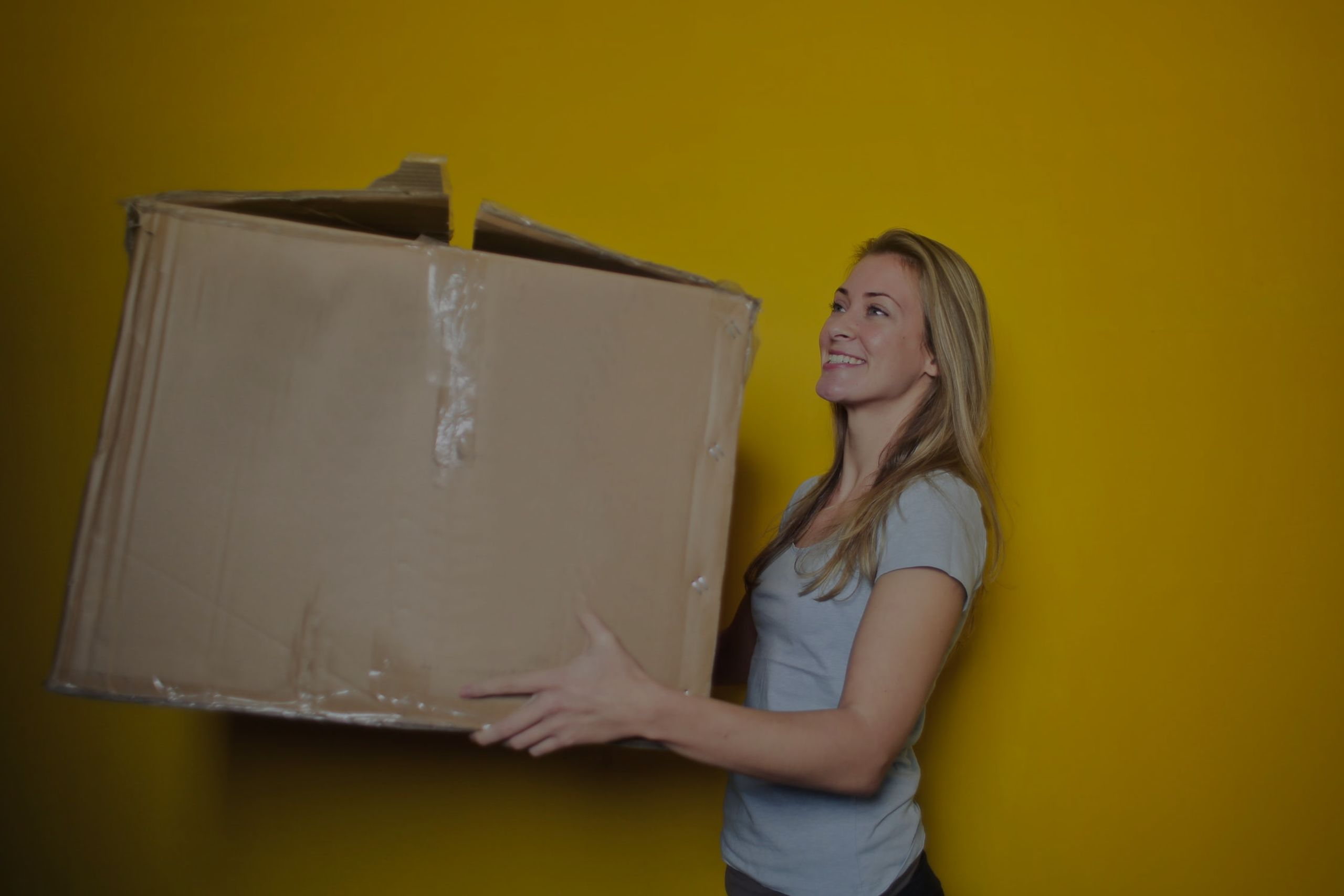 Steps To Selling Your Home: Step 16 – Hire Movers and Start Packing