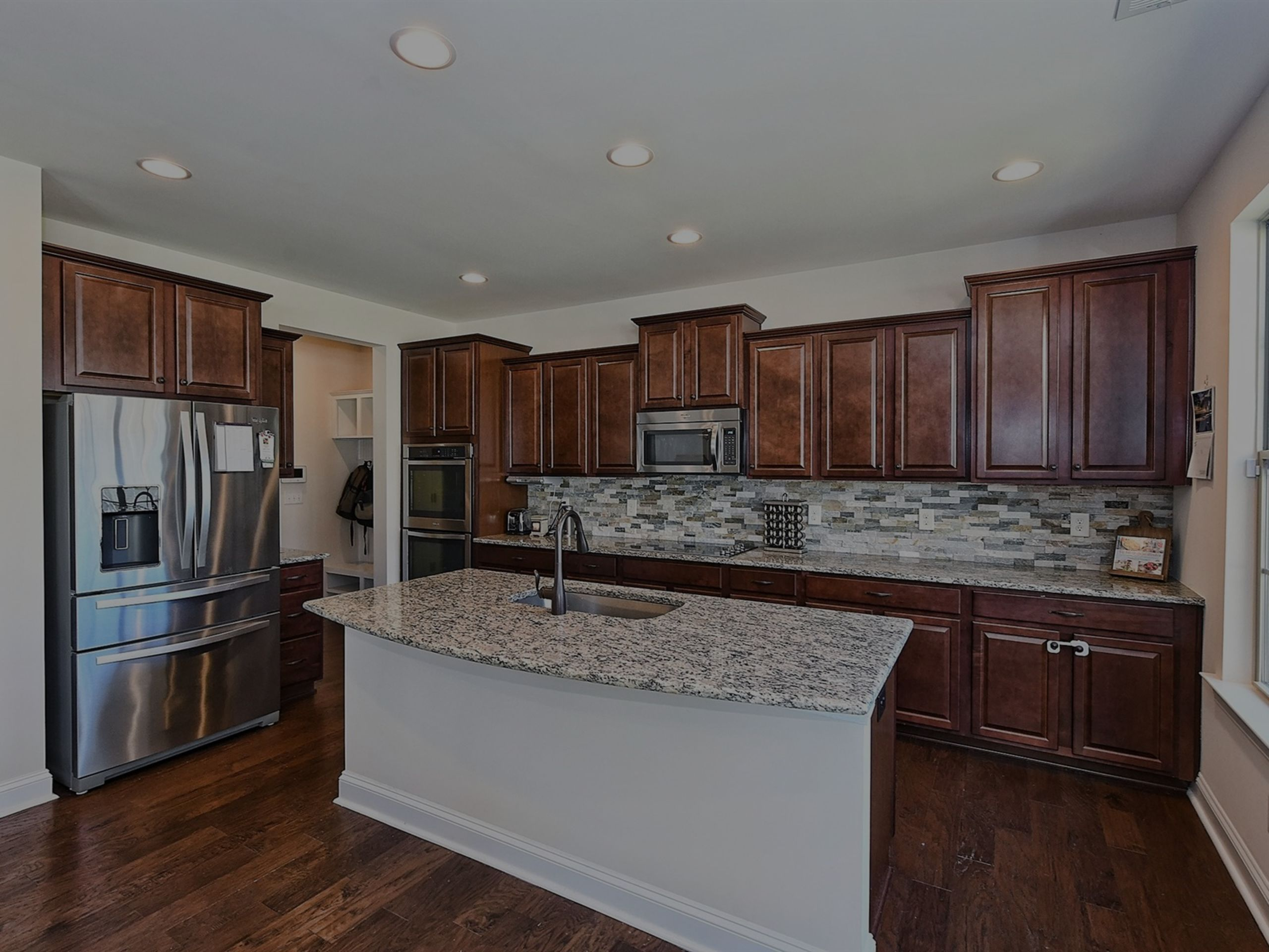 Welcome to 115 Creekside Crossing Ln, Mooresville, NC 28117- Just Listed!