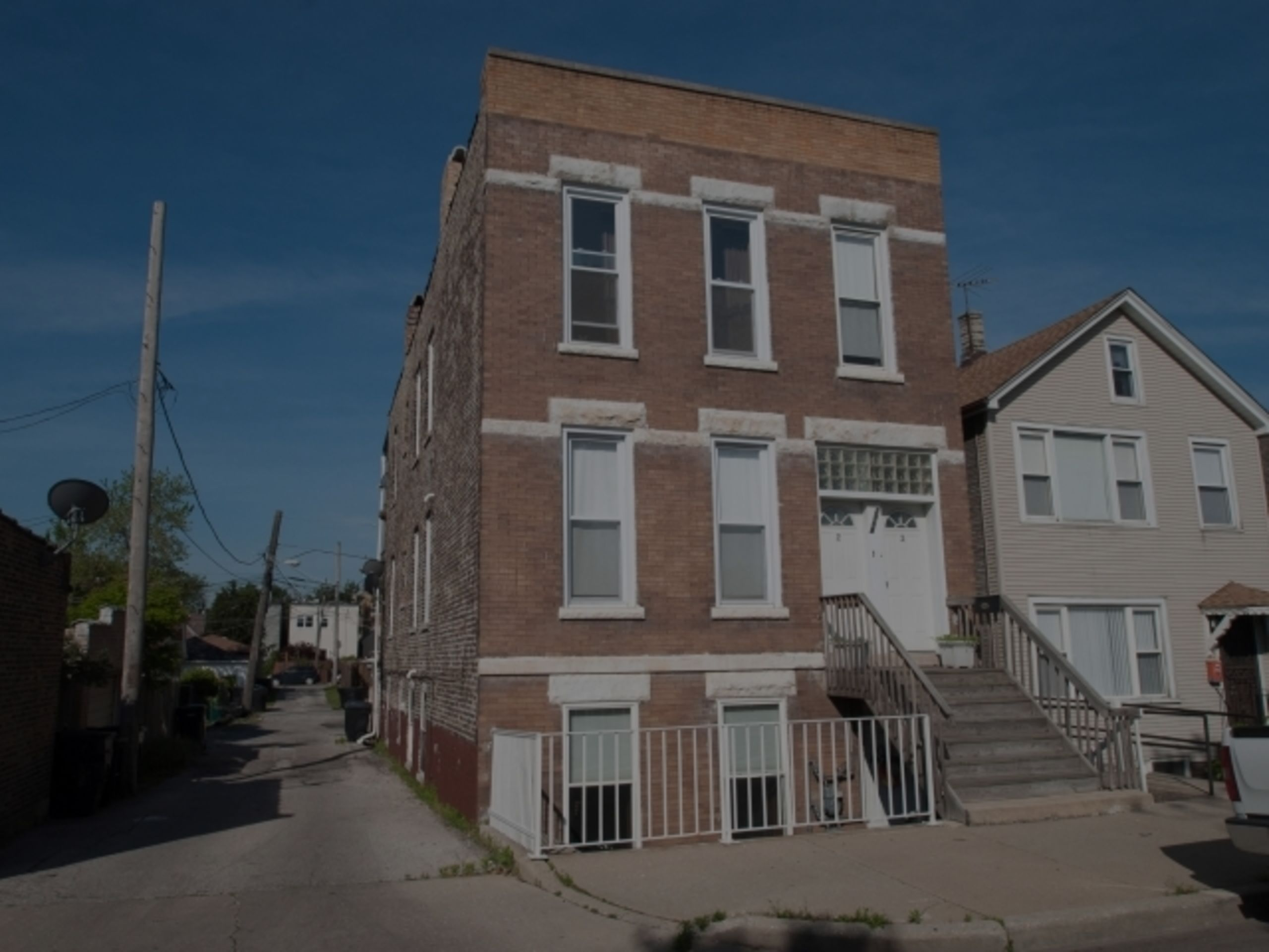 Just Closed: 2968 S Bonfield St Unit 2, Chicago, IL 60608