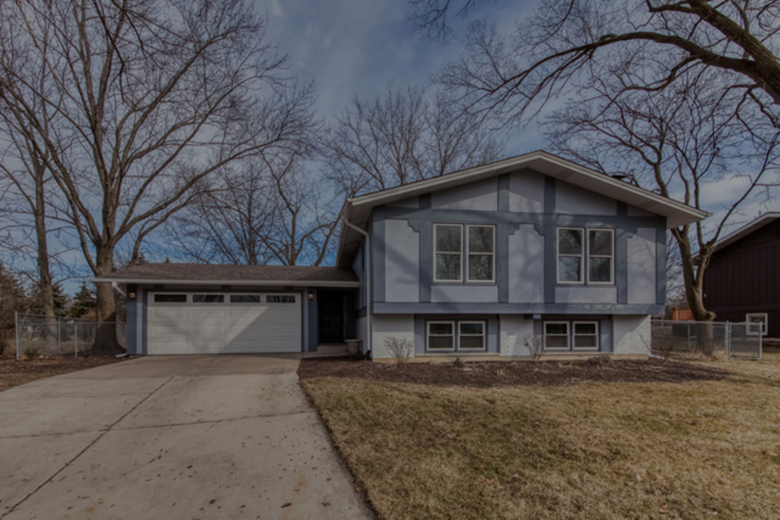 6913 Parkview Dr , Downers Grove, IL 60516