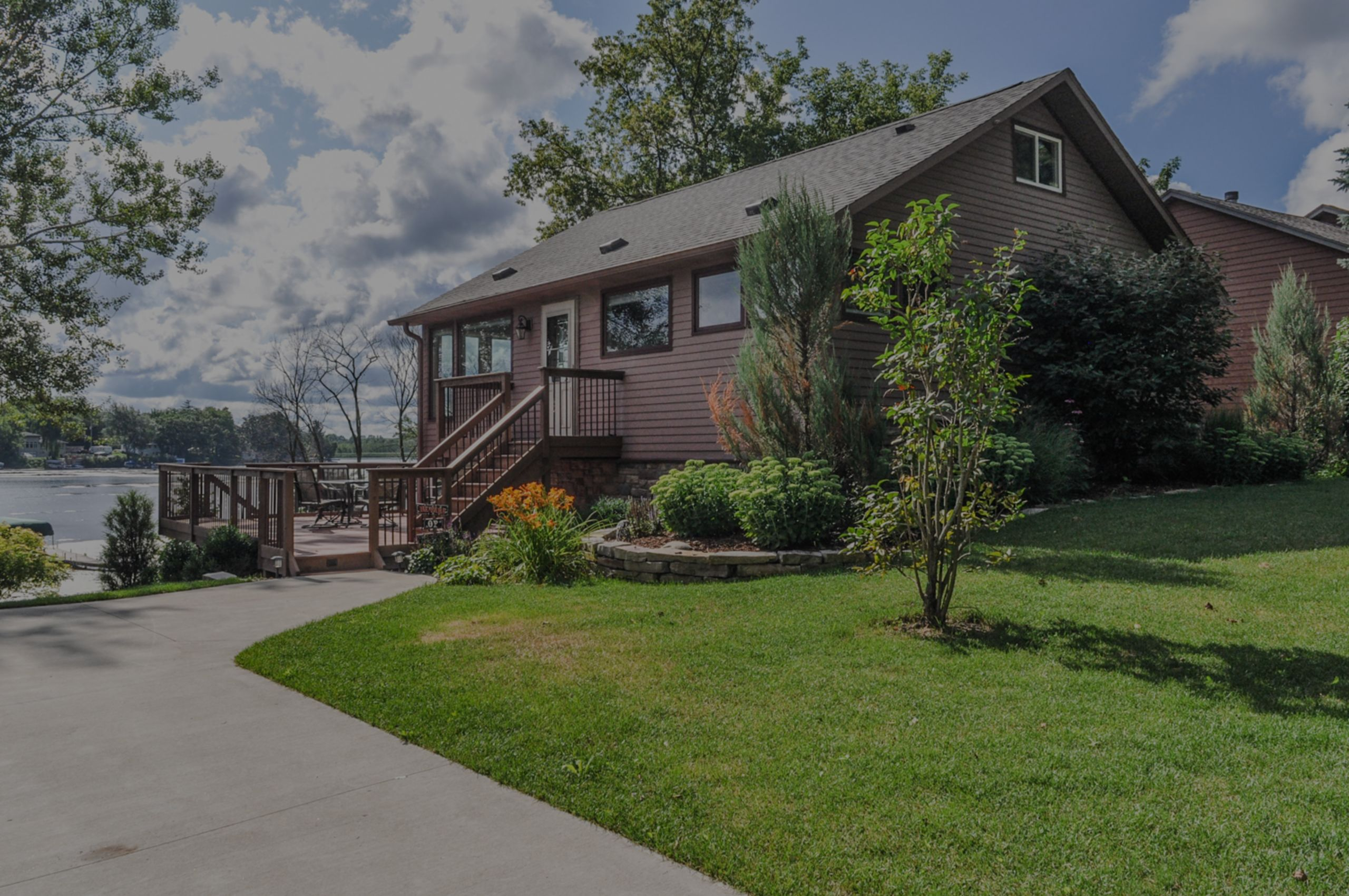 5601 Scenery Dr, Waterford, WI 53185