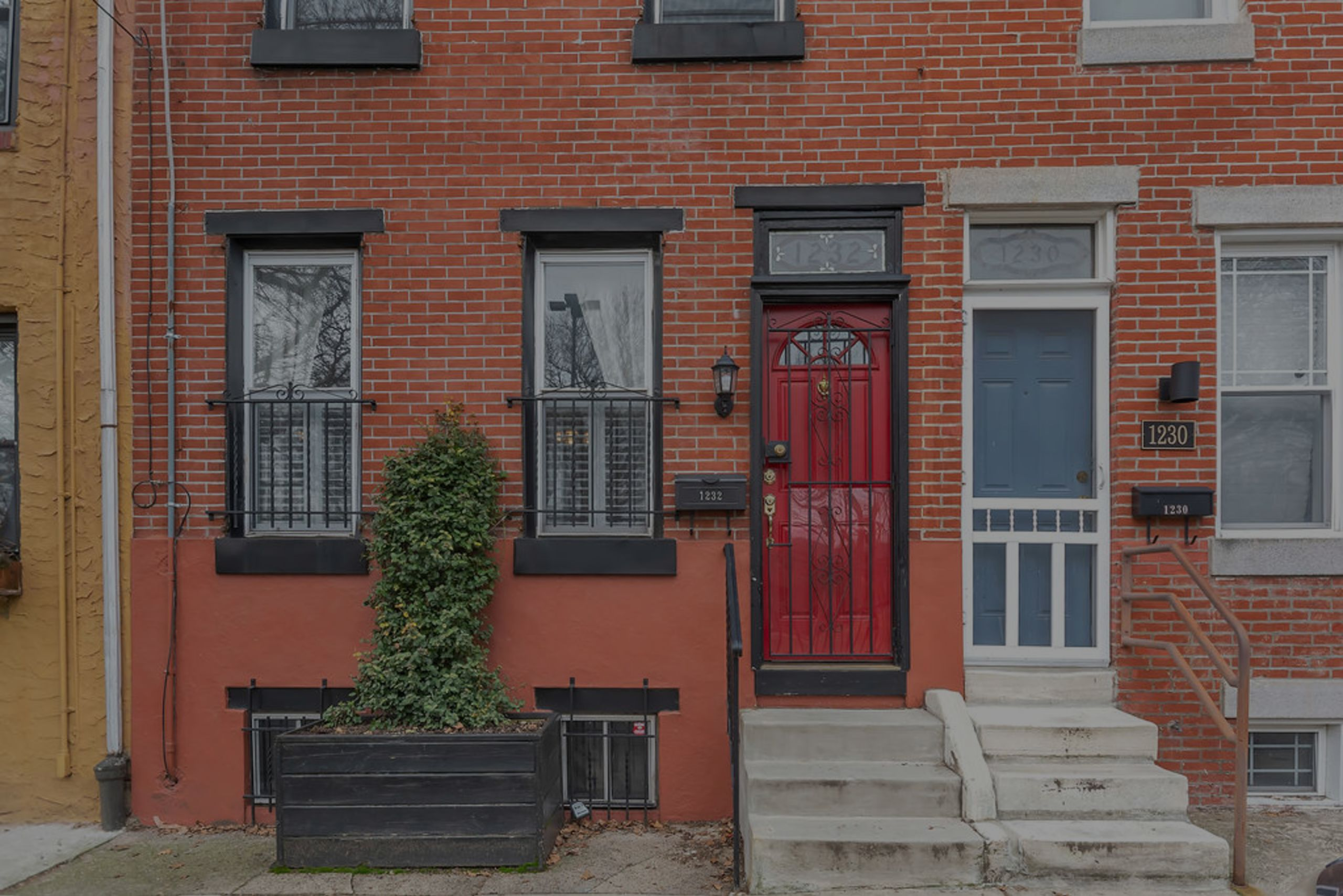 New Listing – Passyunk Square Park-Facing Townhome