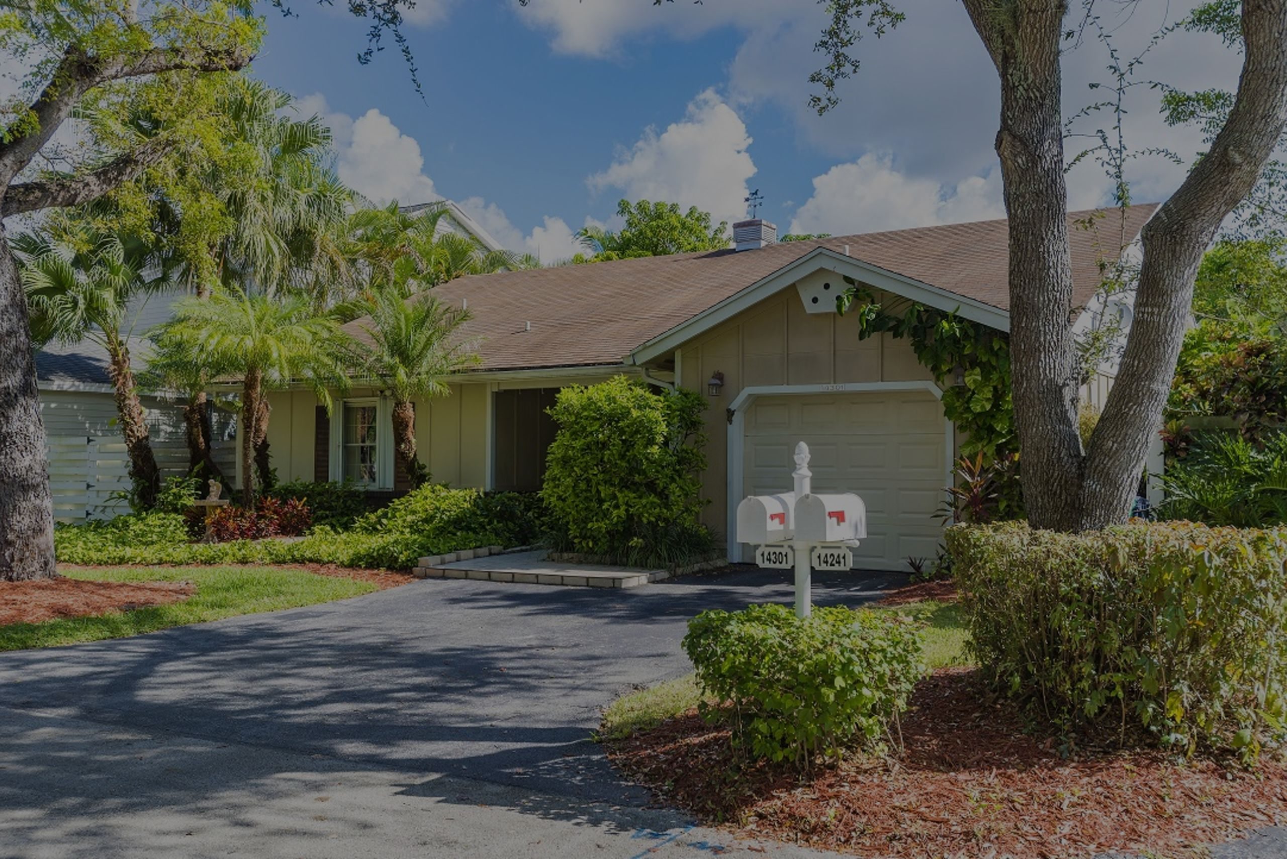 Home For Sale – 14301 Sw 146 Ter – Country Walk!