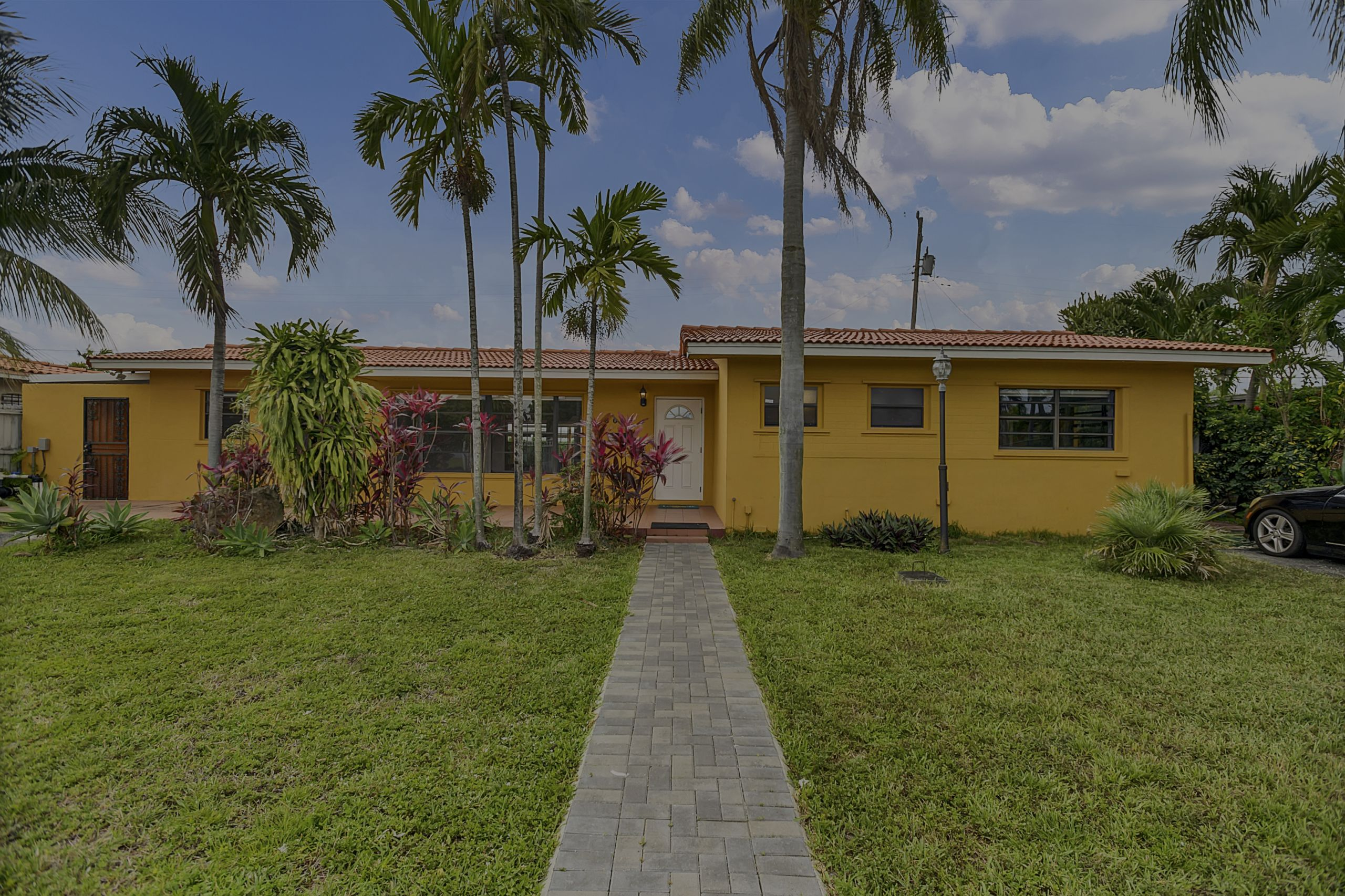 Luminous and Spacious 3 Bedroom, 2 Bathroom home with new flooring and updated kitchen and bathrooms.