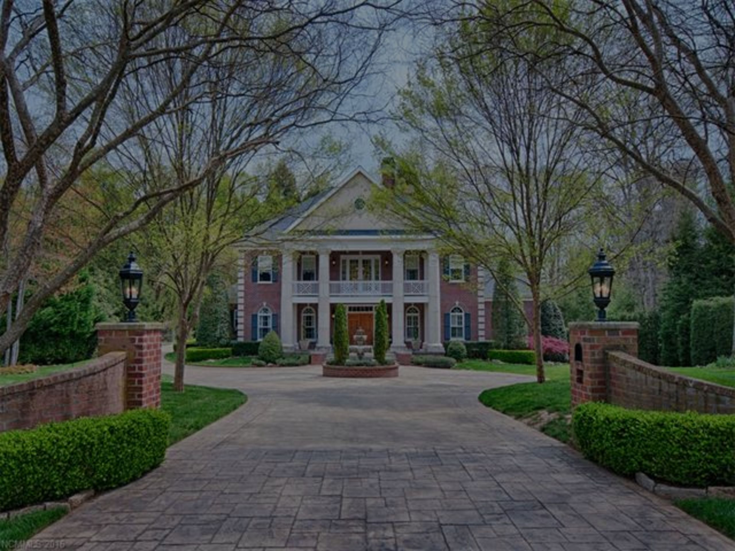 Hottest Luxury Listings in Asheville