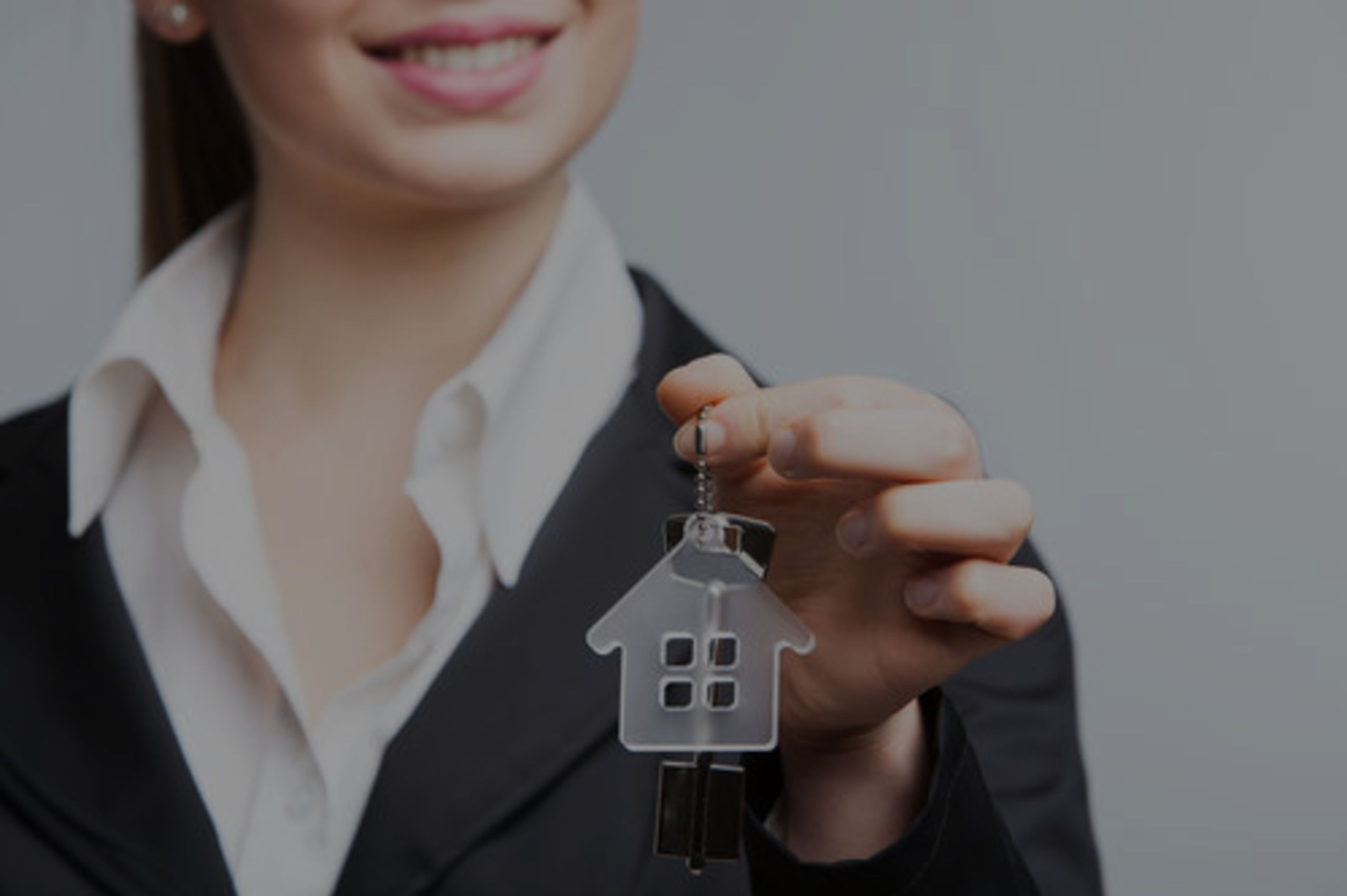 Don't Replace Your Real Estate Agent With The Internet