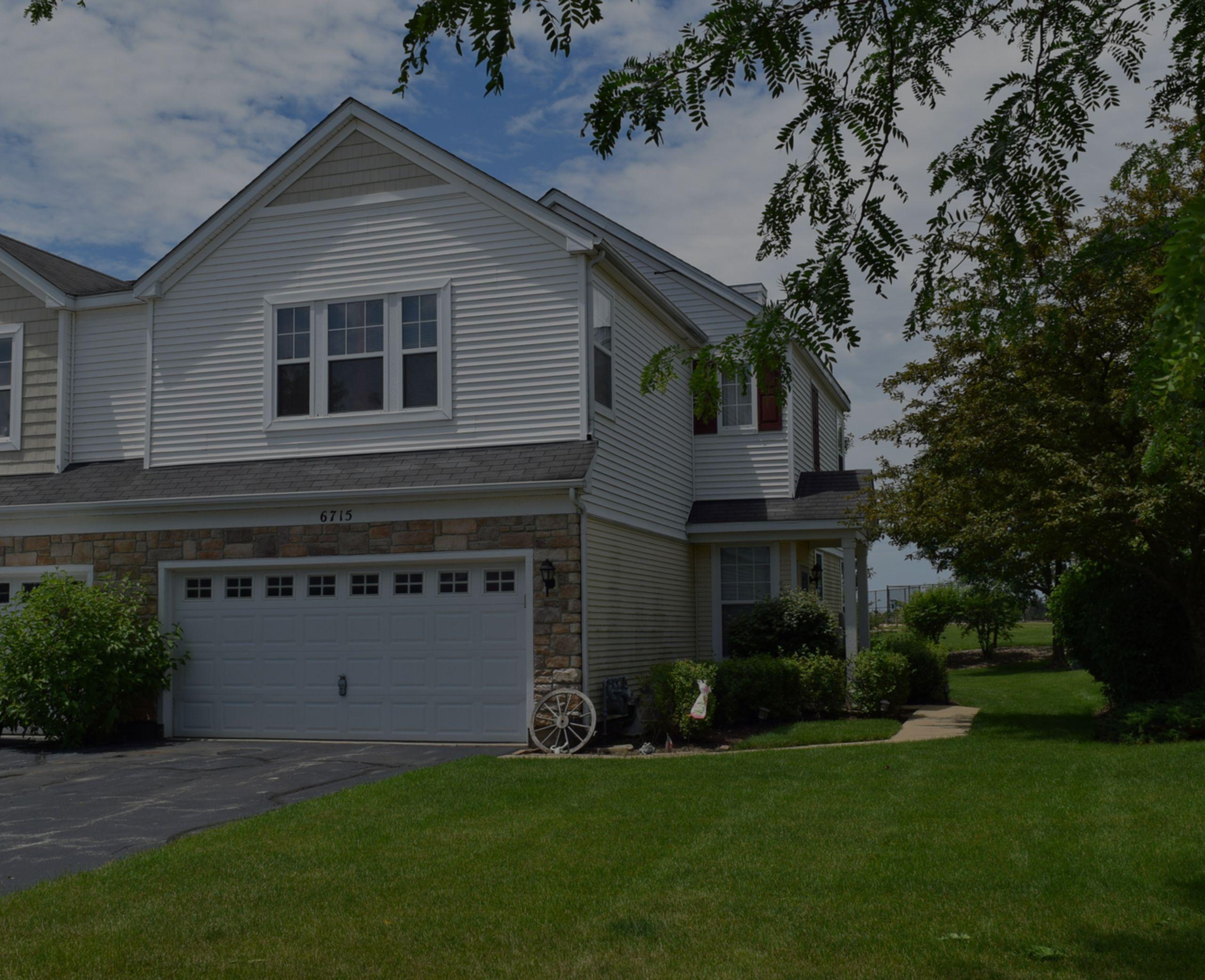 New Listing! 6715 Slate Drive, Carpentersville! $175,000