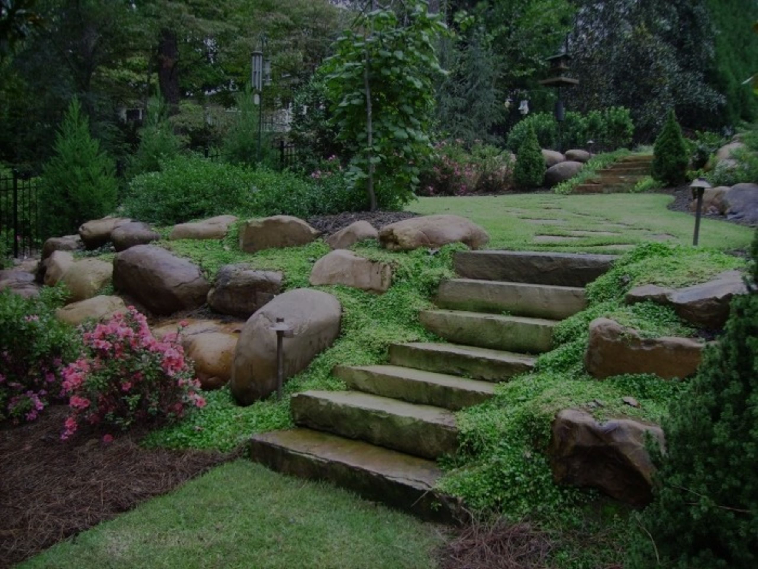 EASY LANDSCAPING DIY PROJECTS