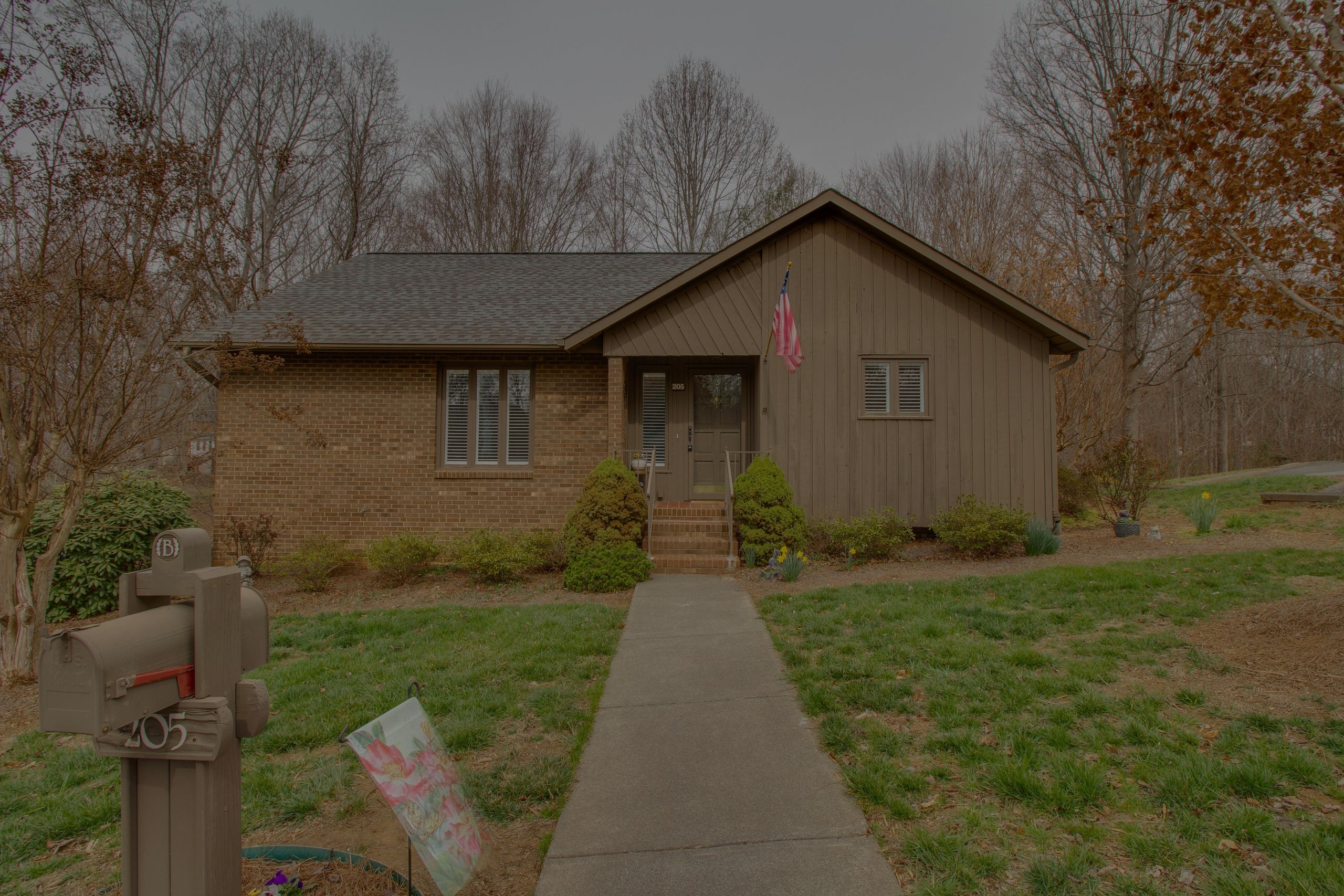 JUST LISTED 205 Ridgehaven Drive