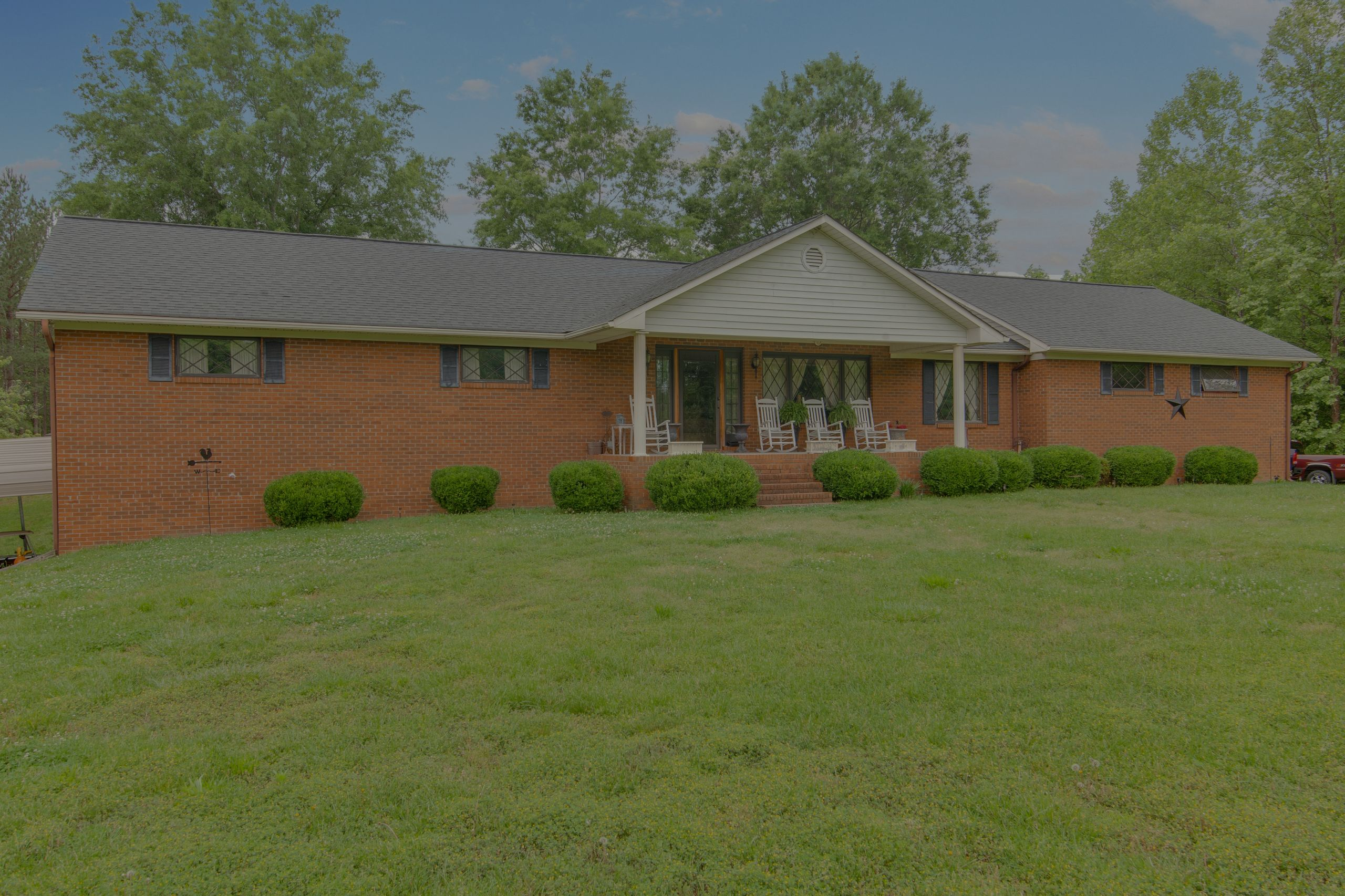 JUST LISTED 1510 Rierson Road