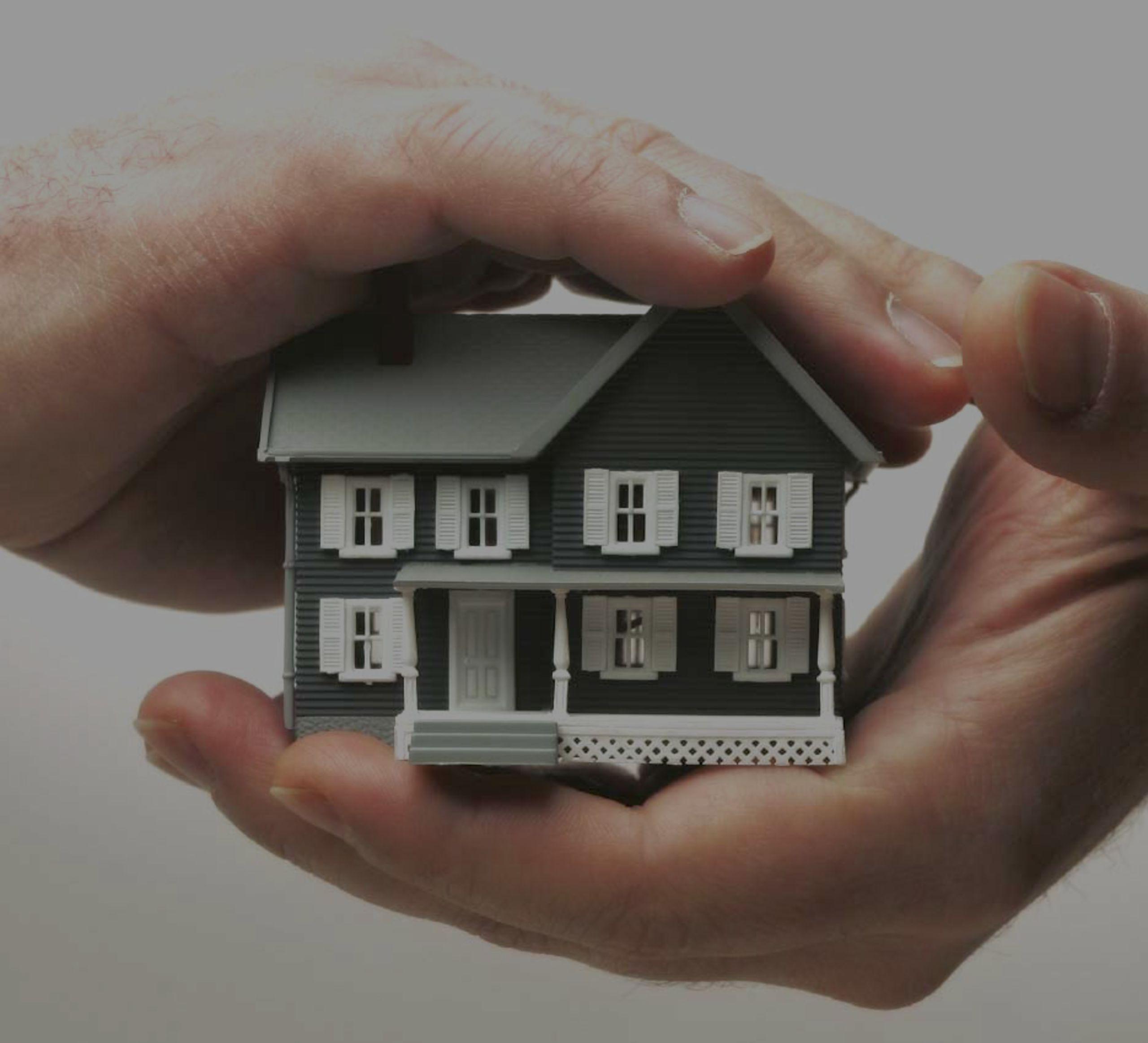 Homeowners Insurance vs Home Warranty
