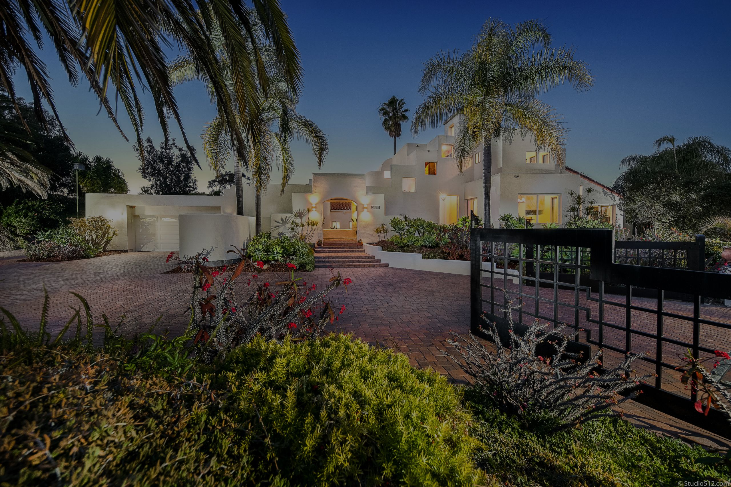 Just Sold – Stunning Architectural Encinitas Home