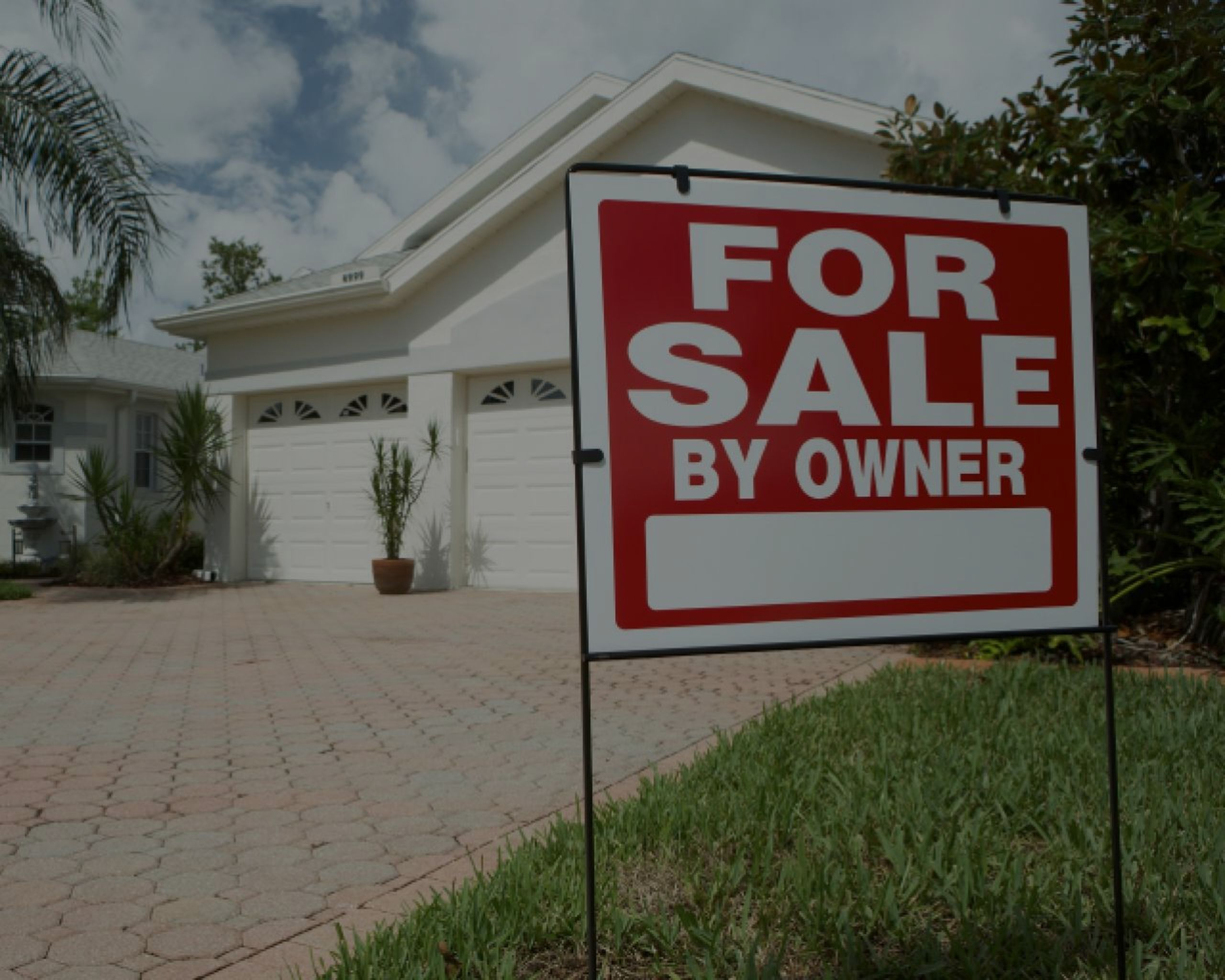 Going FSBO? 7 risks homesellers take when they go it alone