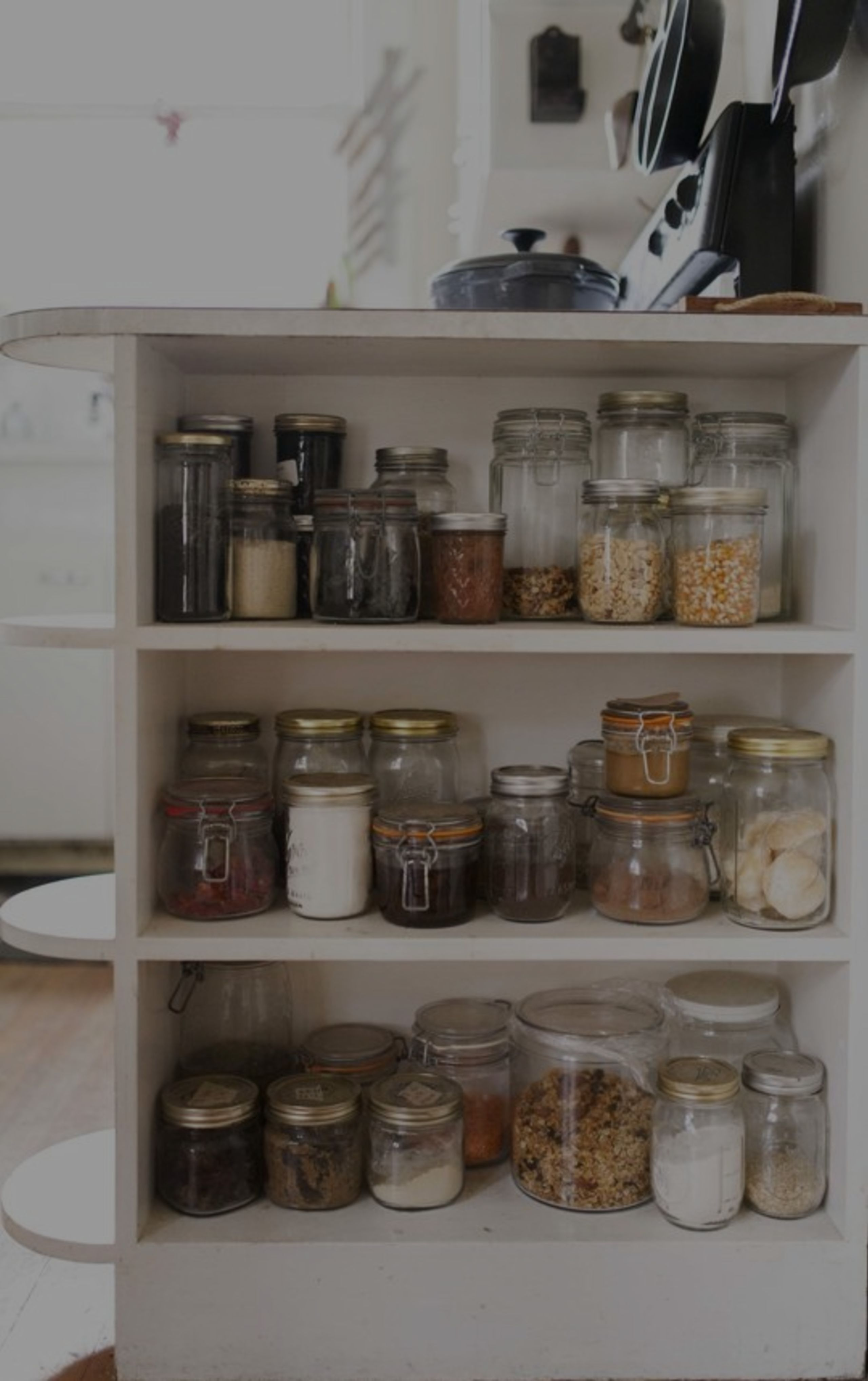 5 Things to Purge from Your Pantry This Spring