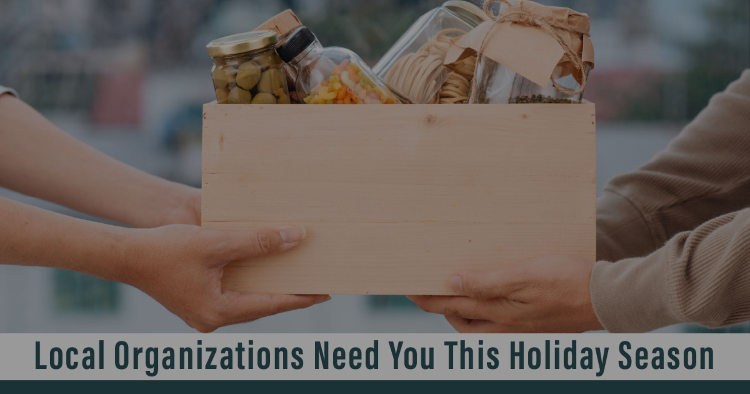 10 ways to give back this holiday season
