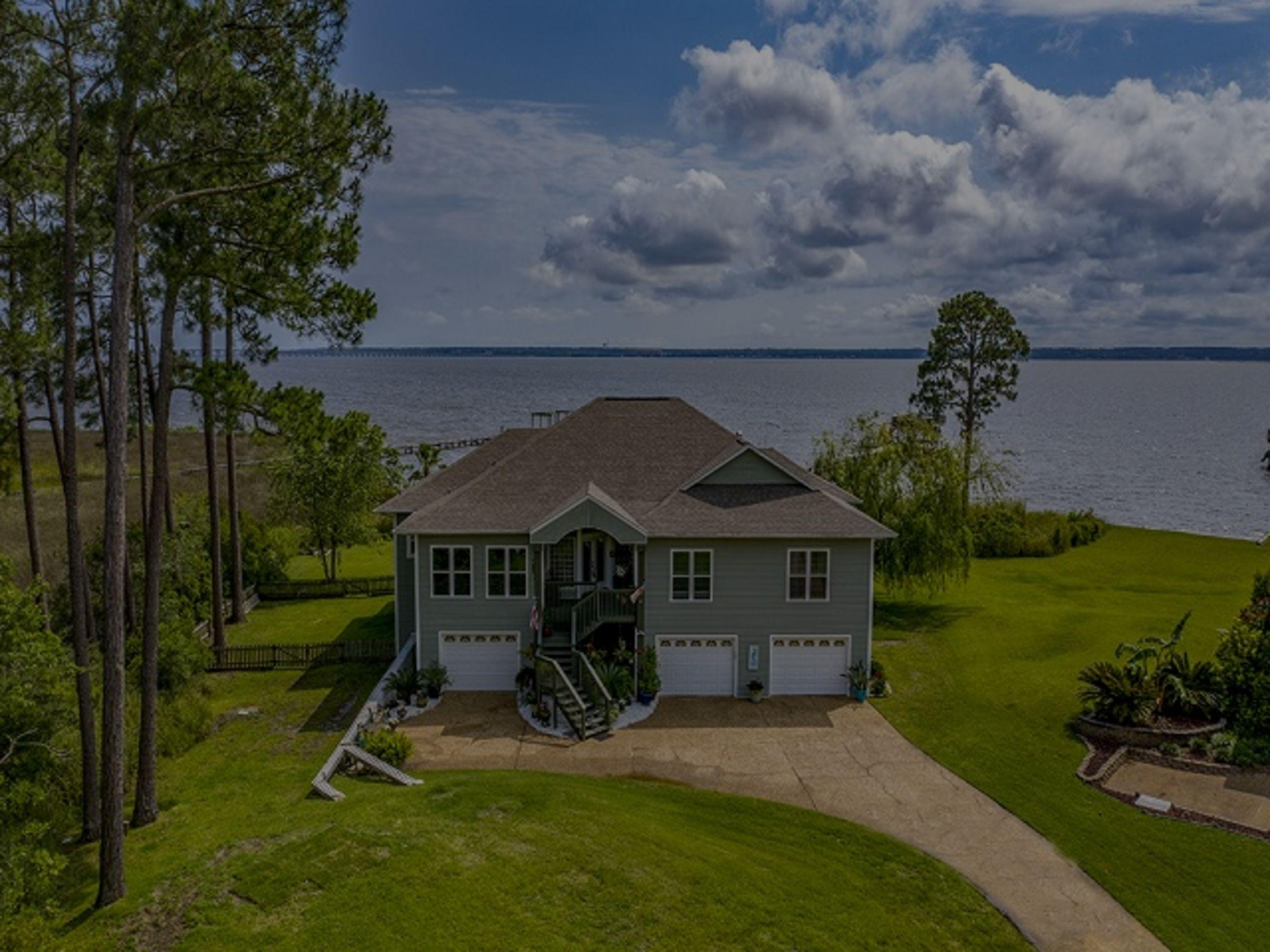 Milton's (FL) Mansions