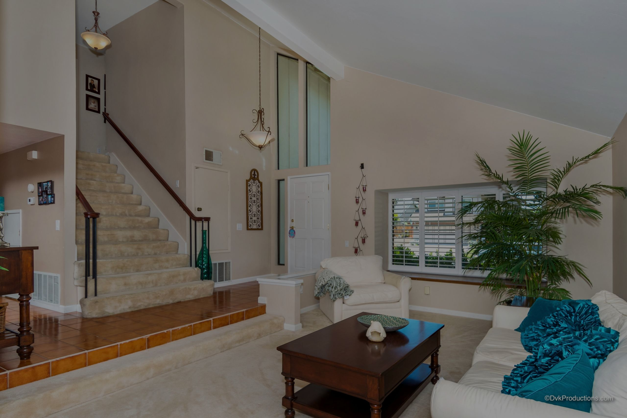 JUST LISTED | 13867 Amber Sky Ln 92129