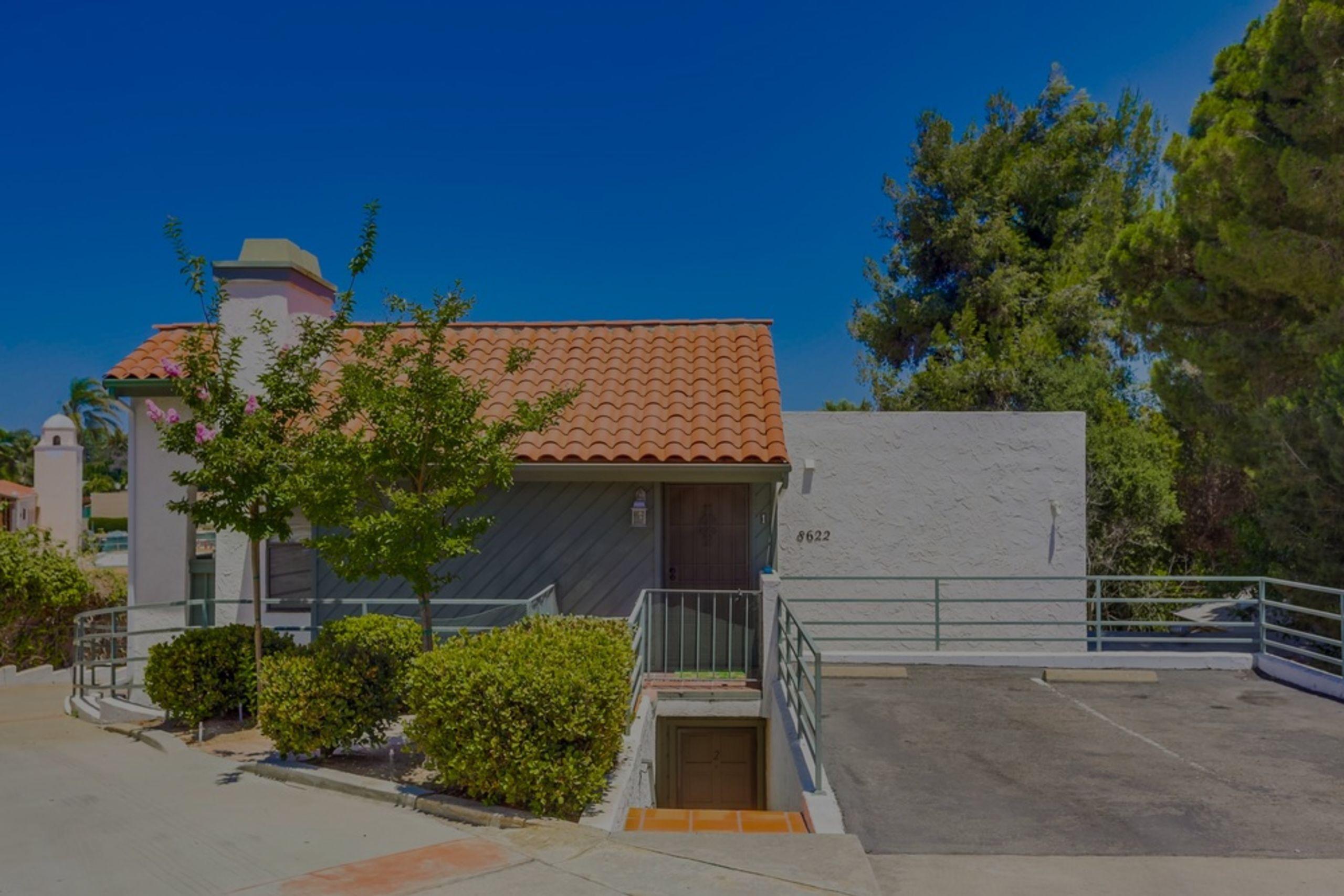 8622 Lemon Avenue #1 La Mesa, CA 91941