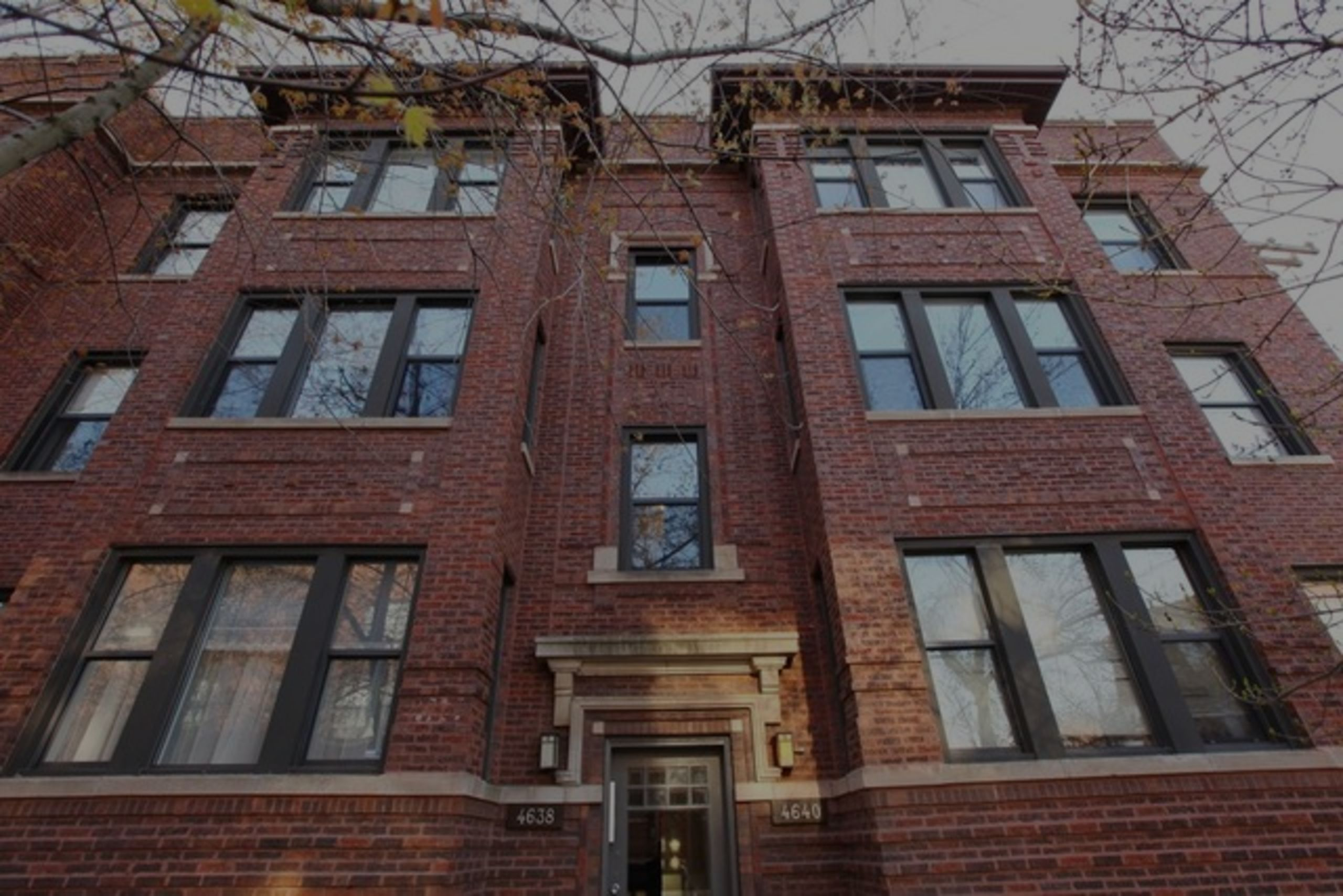 Just Sold: 4640 N Campbell Ave Unit 2, Chicago, IL 60625