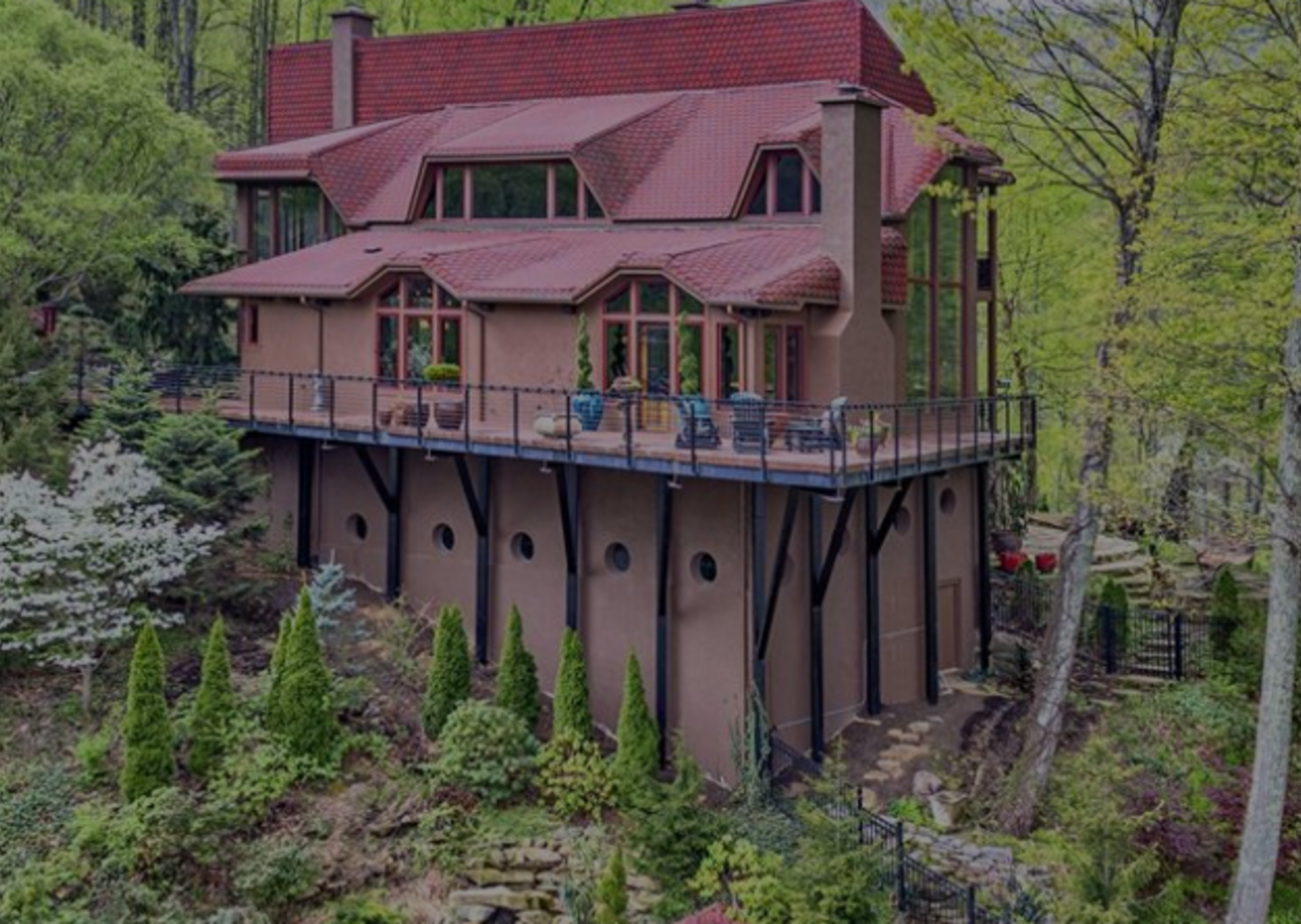 Must-See Homes in Weaverville