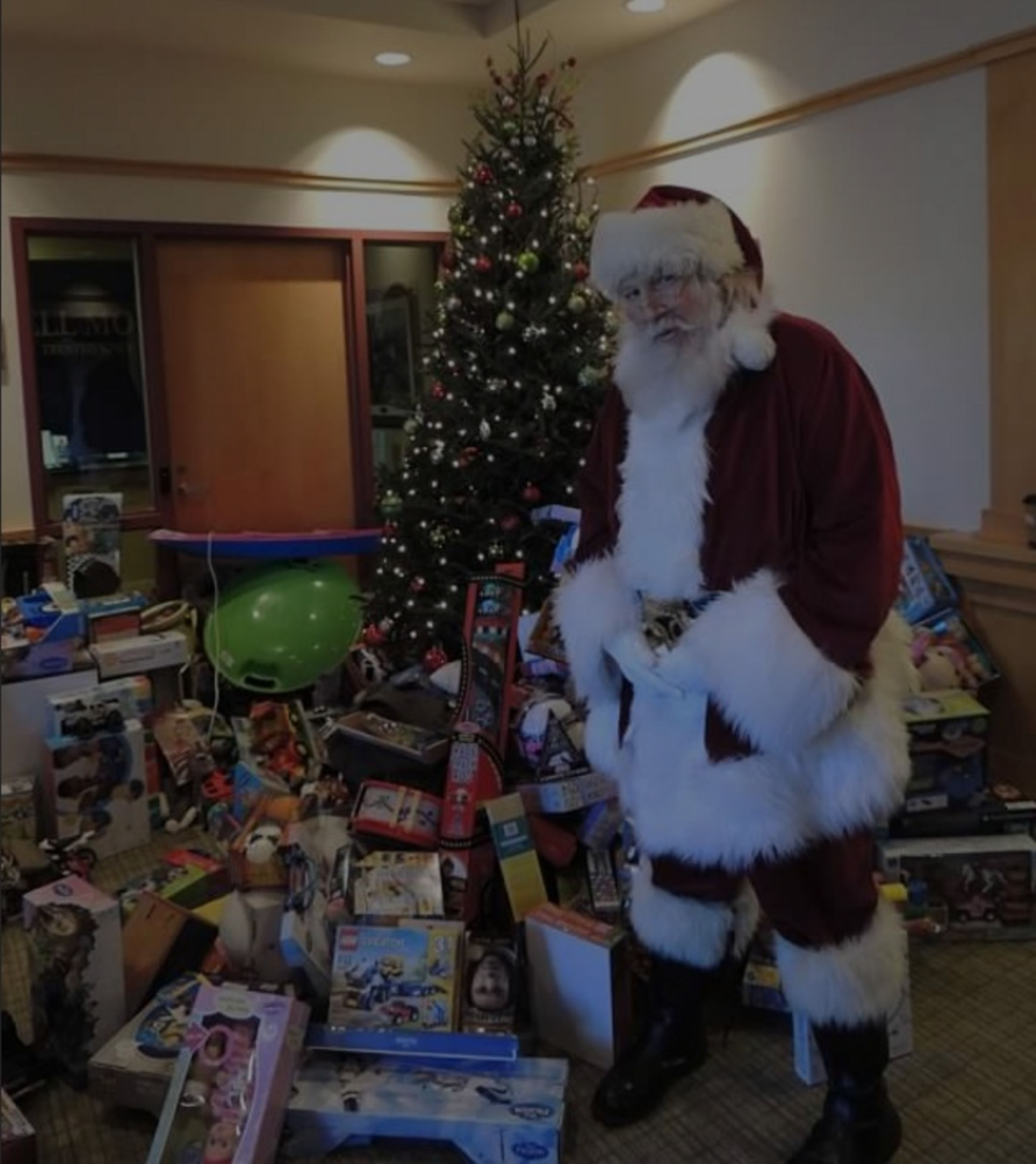 2018 Holiday Event: Toys for Tots/Teens and Photos with Santa