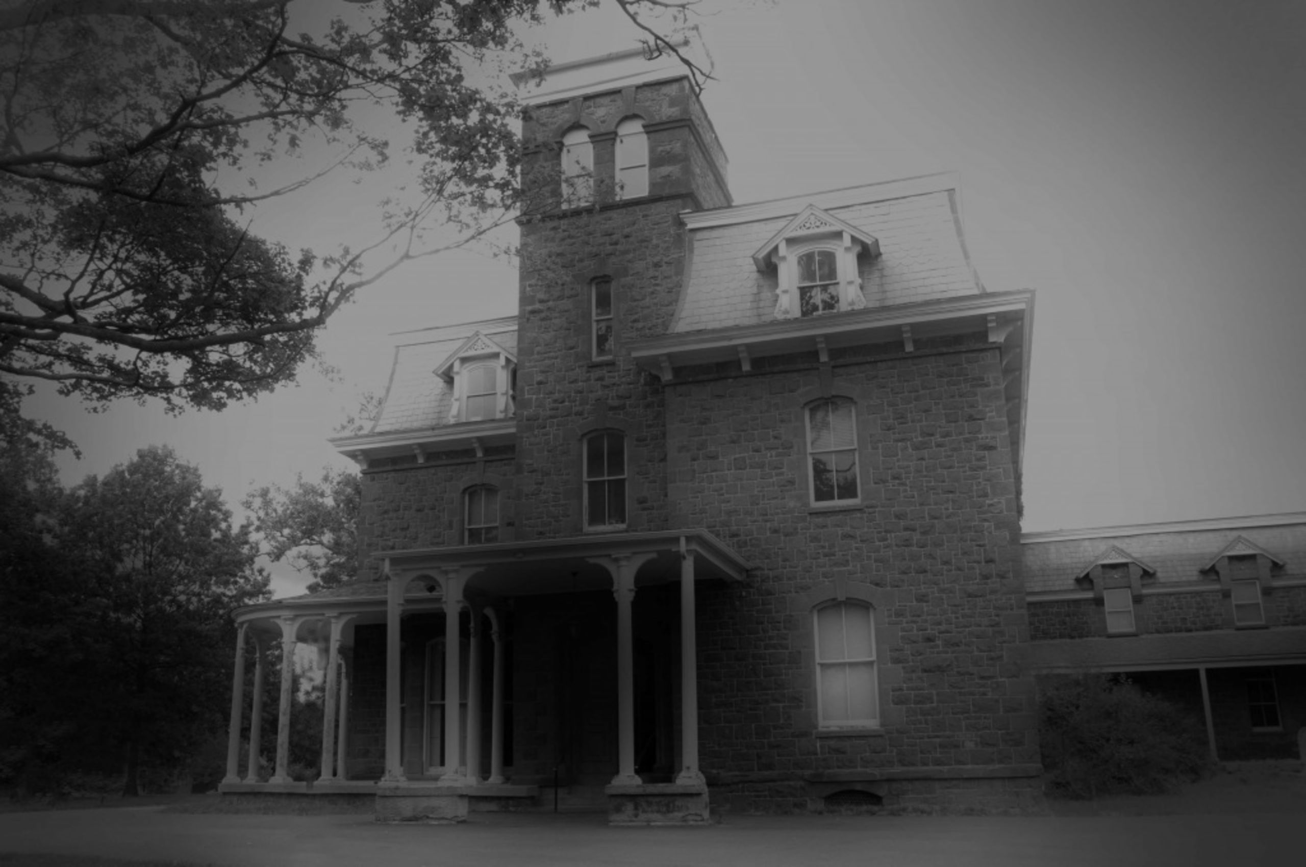 The Best Haunted Houses in Northern Virginia