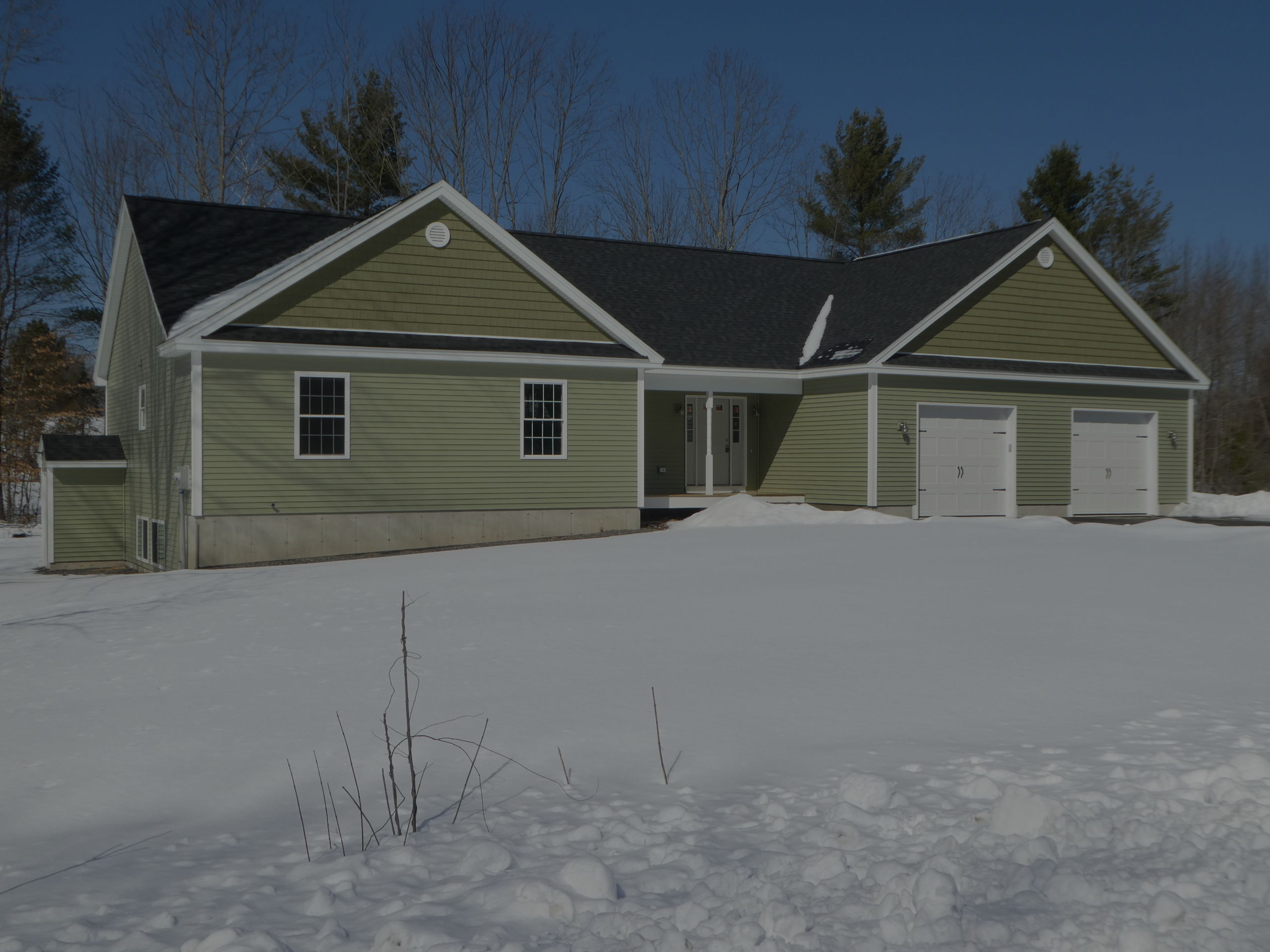 Stunning New Construction in Gorham