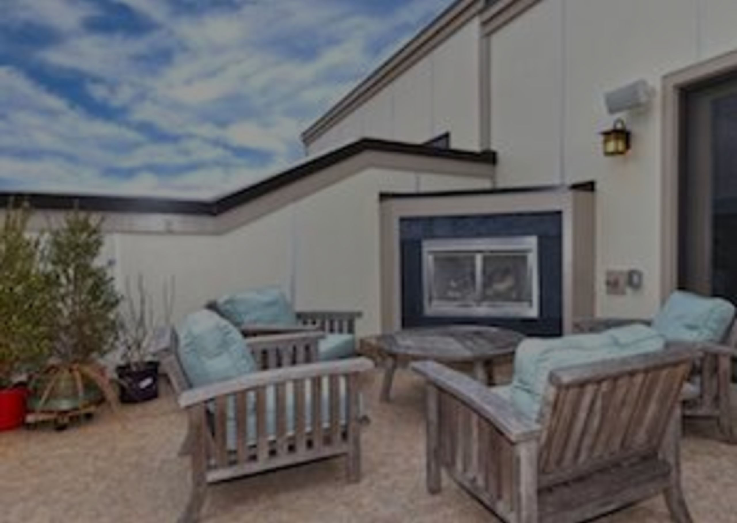 Stunning Townhome for sale in Leesburg's Cresent Place!