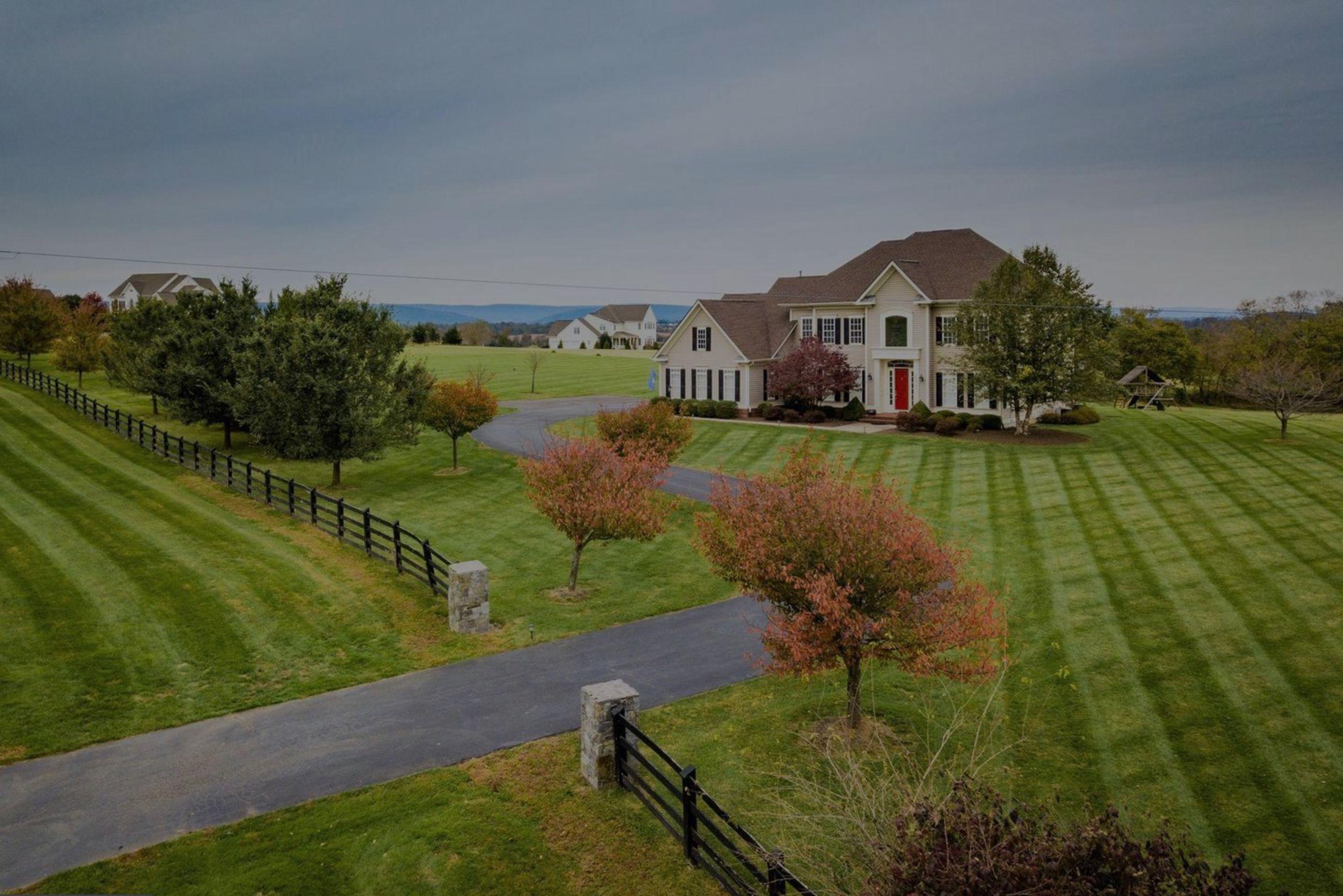 Just Listed | Lovely Lovettsville Homes + Middleburg Office Lease