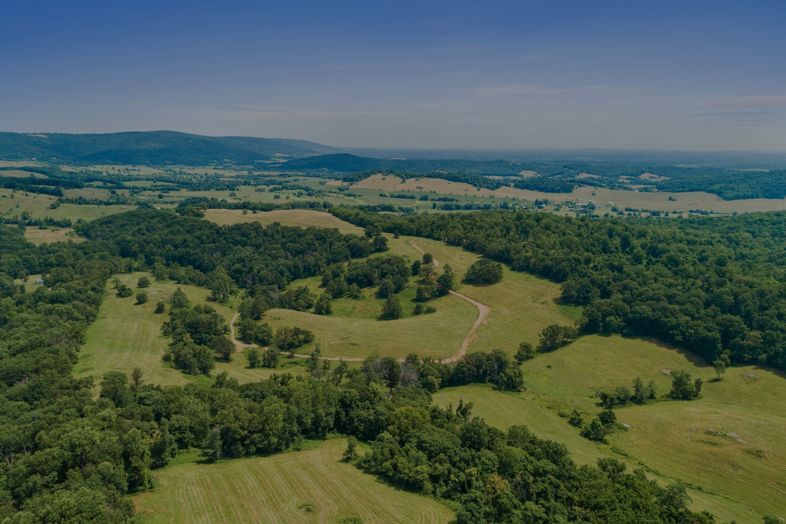 Featured | 3000+ Majestic Acres at Fleetwood Farm