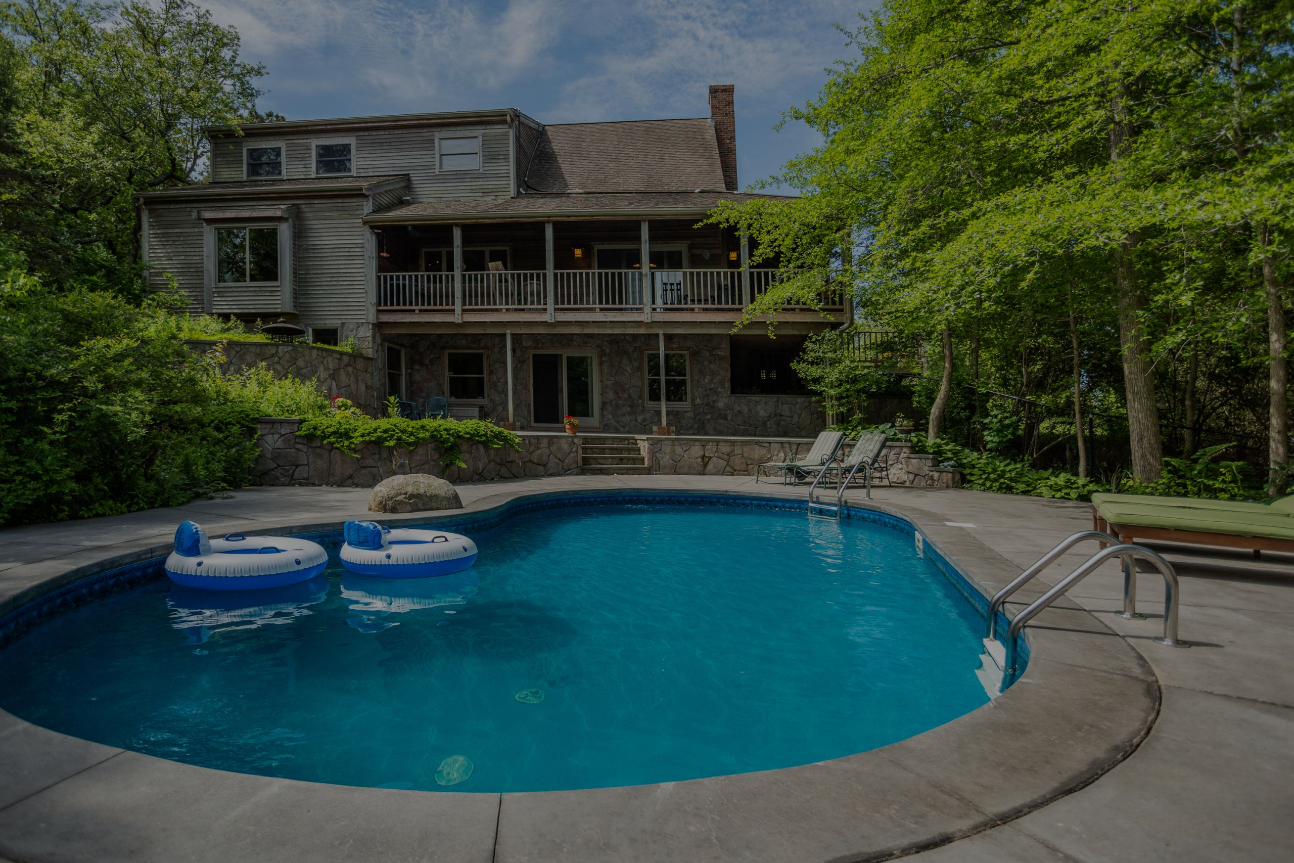 Our Picks of the Week: Favorite Pools on the Market in Cape Cod
