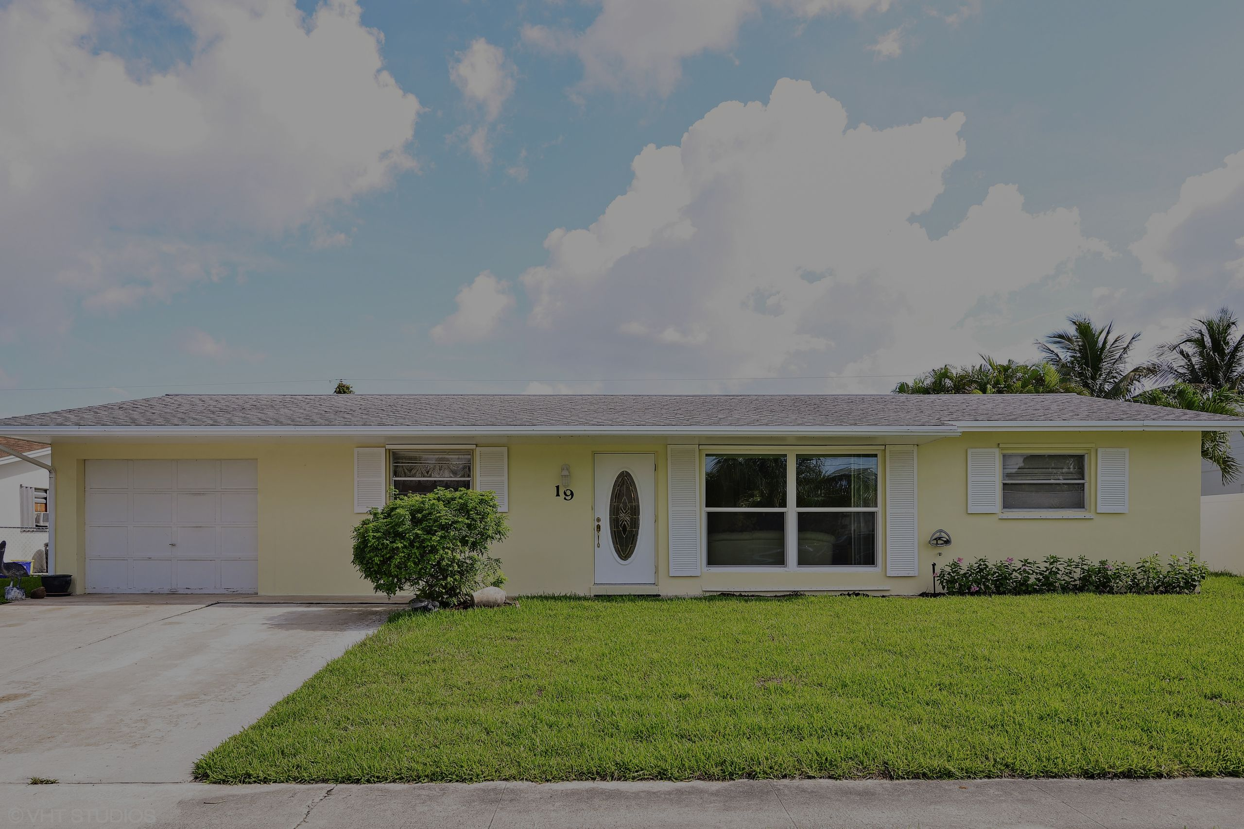 FOR SALE in Tequesta, FL 33469