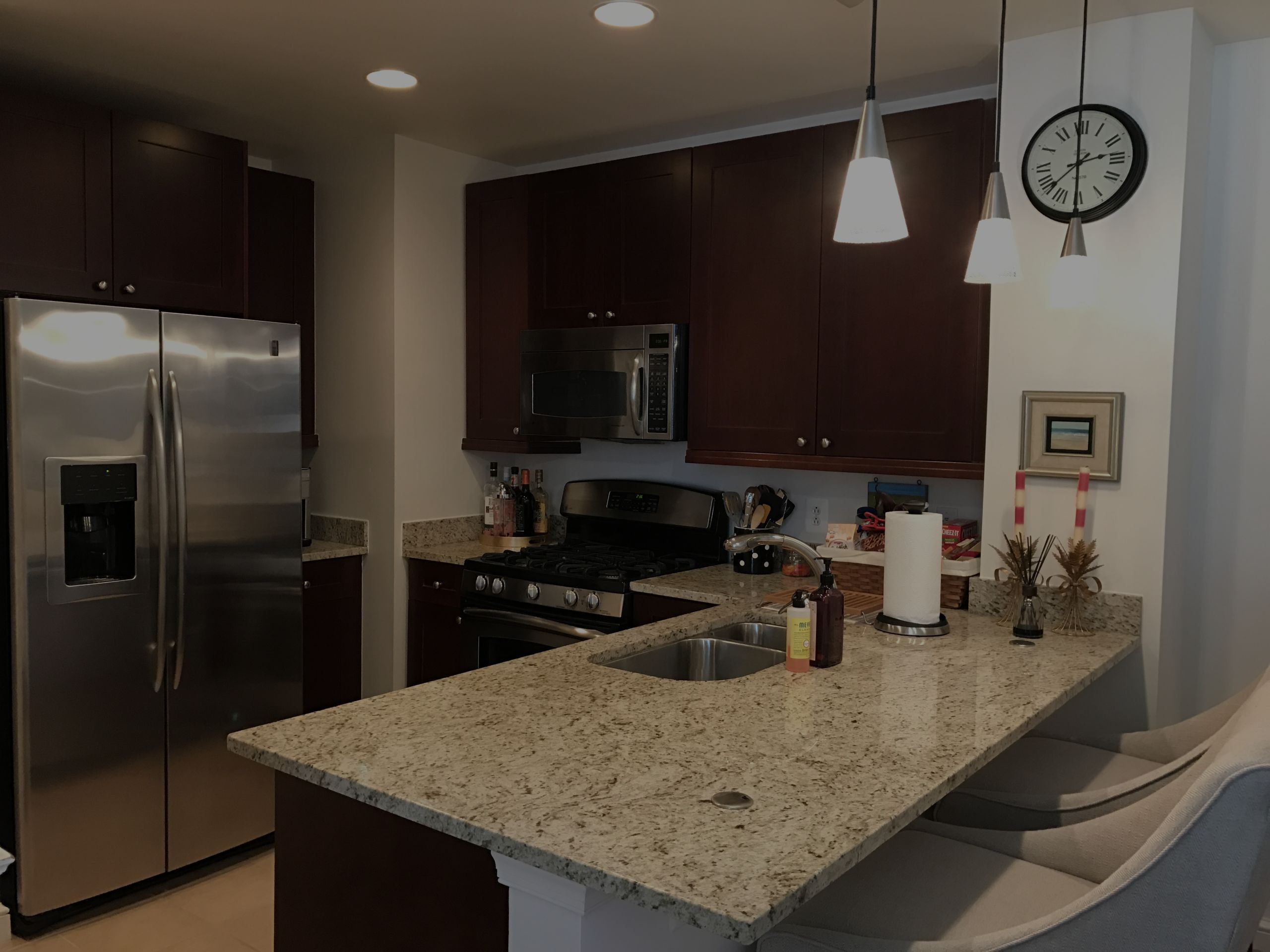 Condo for Rent in the heart of Reston Town Center!!!