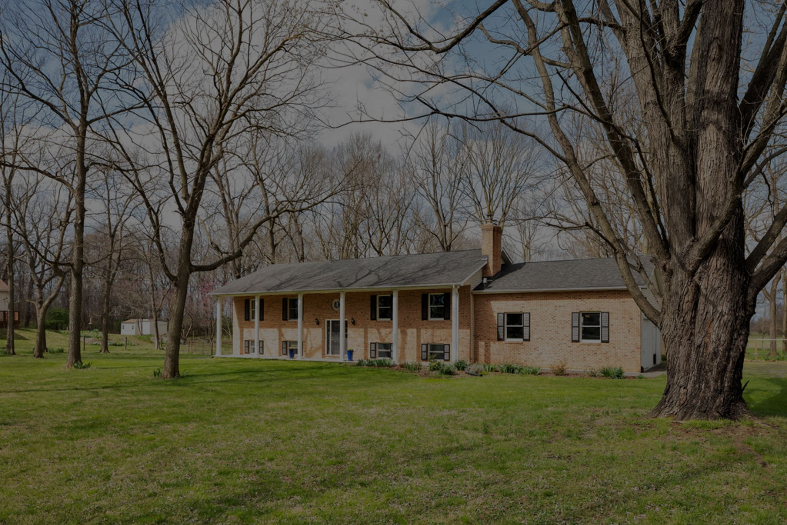 Updated 4bed/3bath on 2 gorgeous acres UNDER CONTRACT