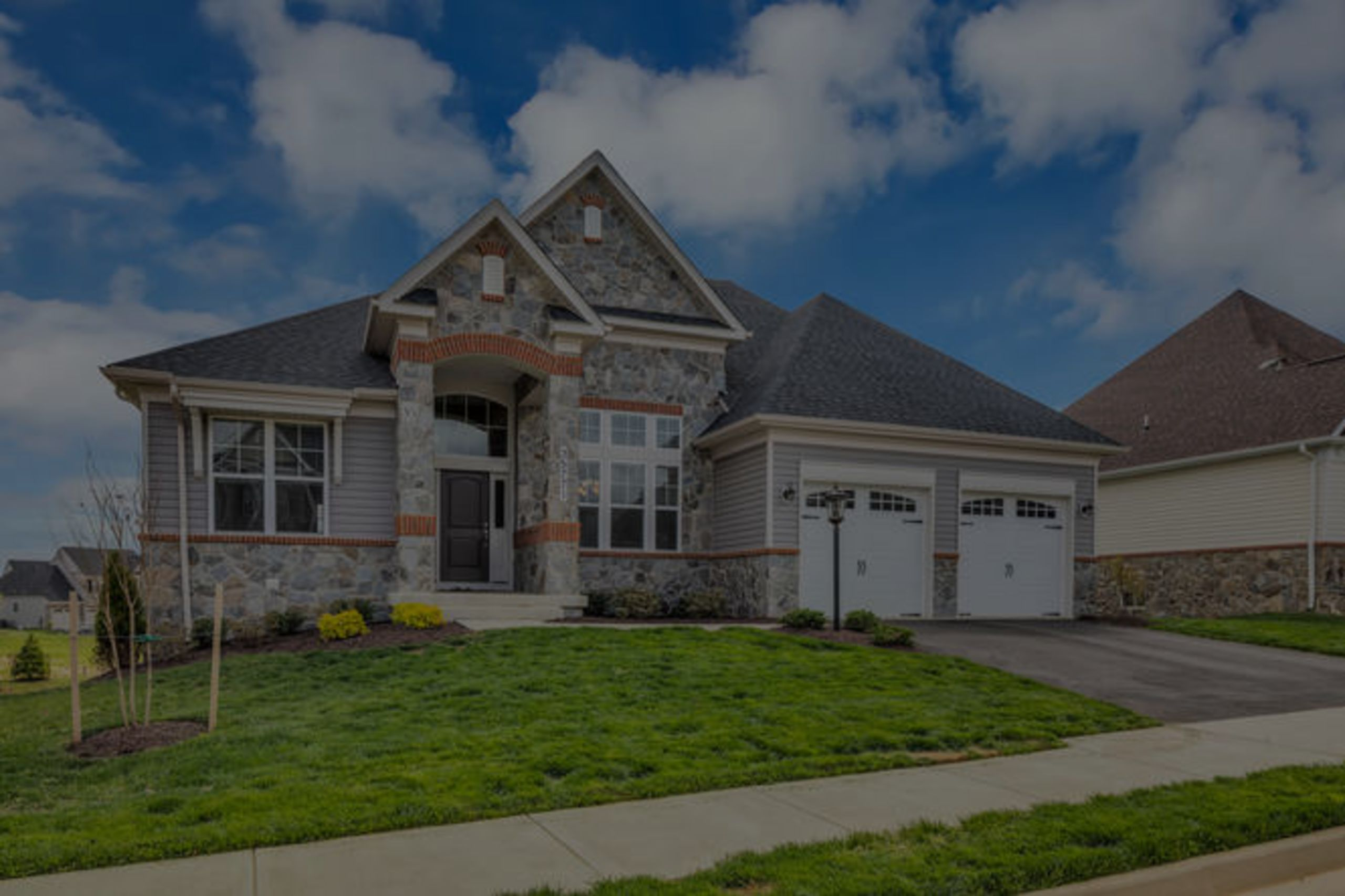 NEARLY NEW IN ROUND HILL $659,000