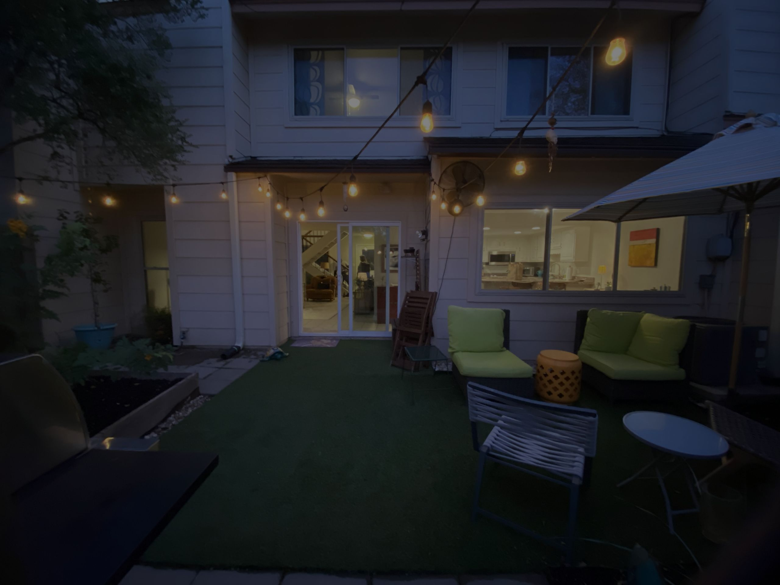 Great front and rear exterior astroturfed living areas