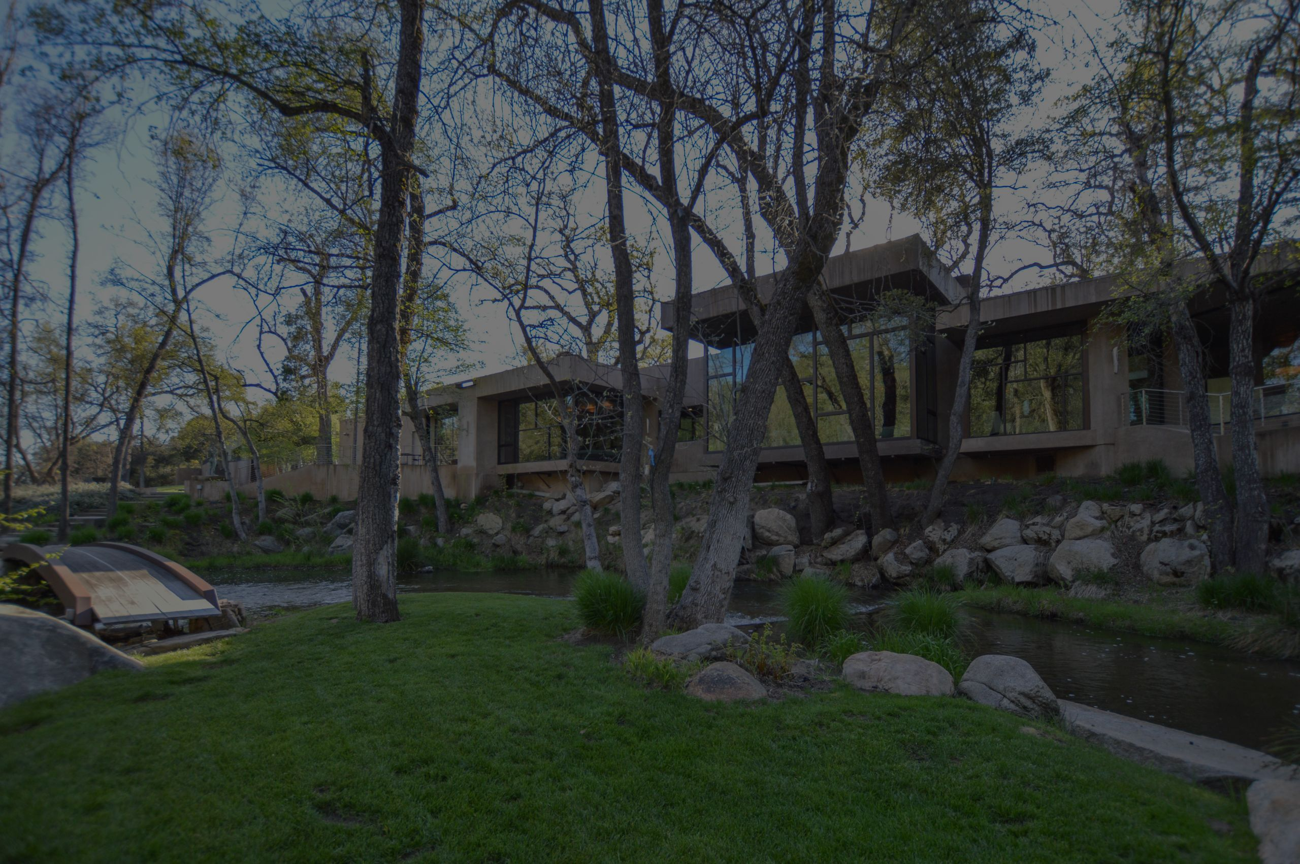 Iconic Contemporary in Oakhurst Foothills
