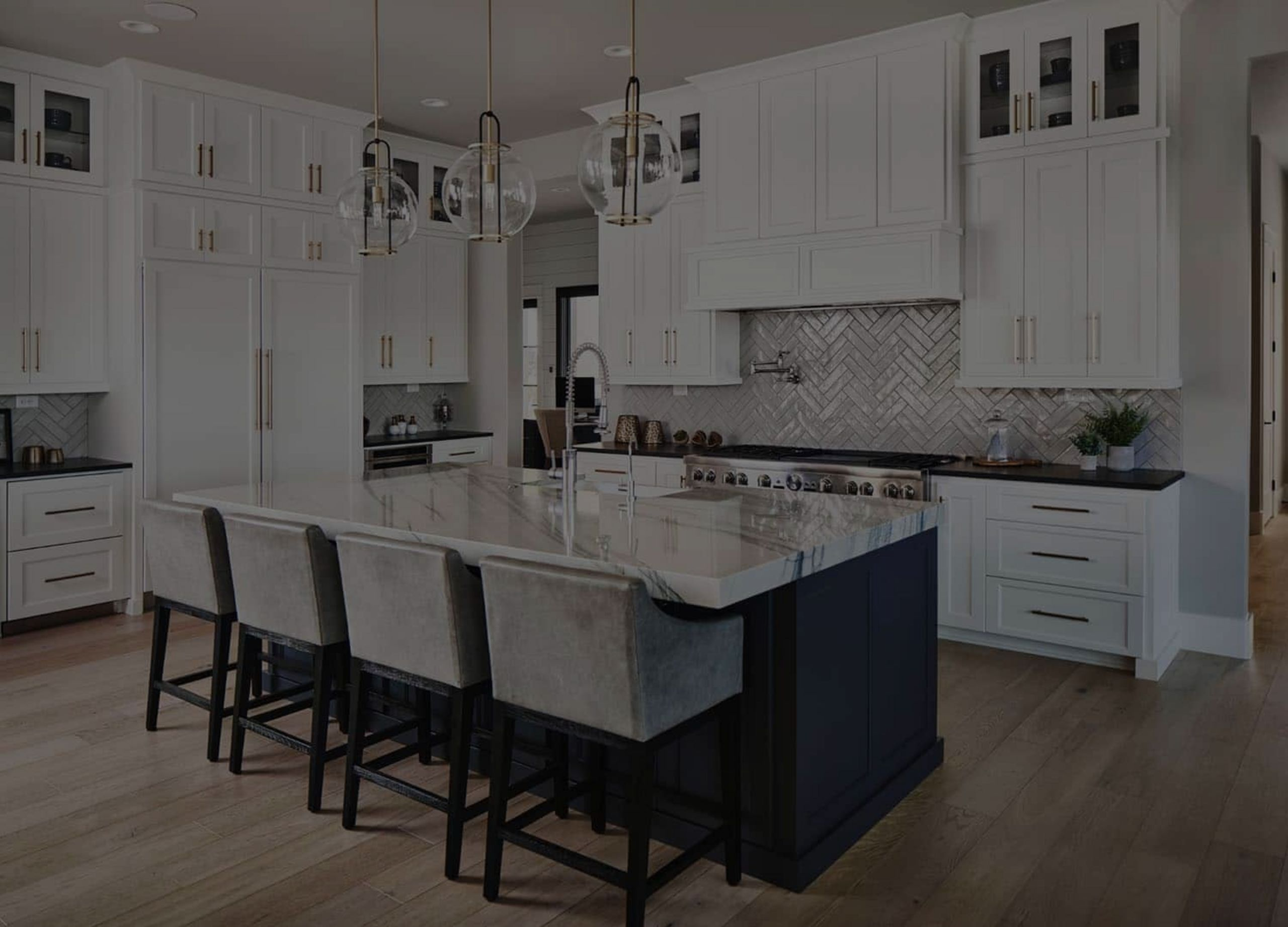 Charming & classically inspired kitchen