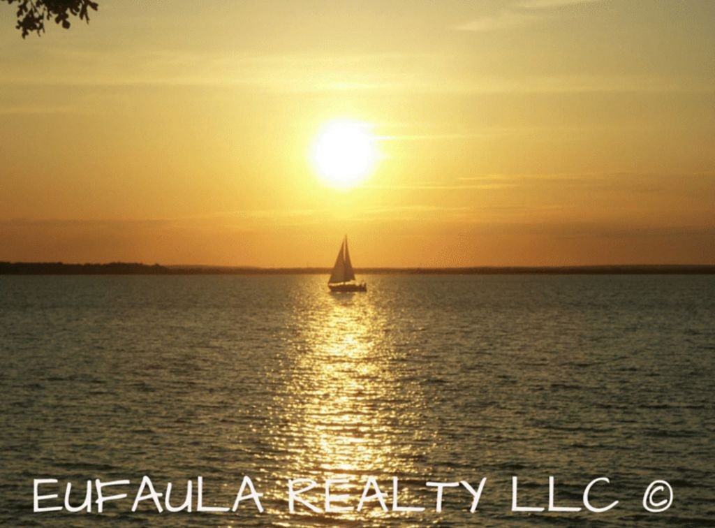 EUFAULA REALTY LLC