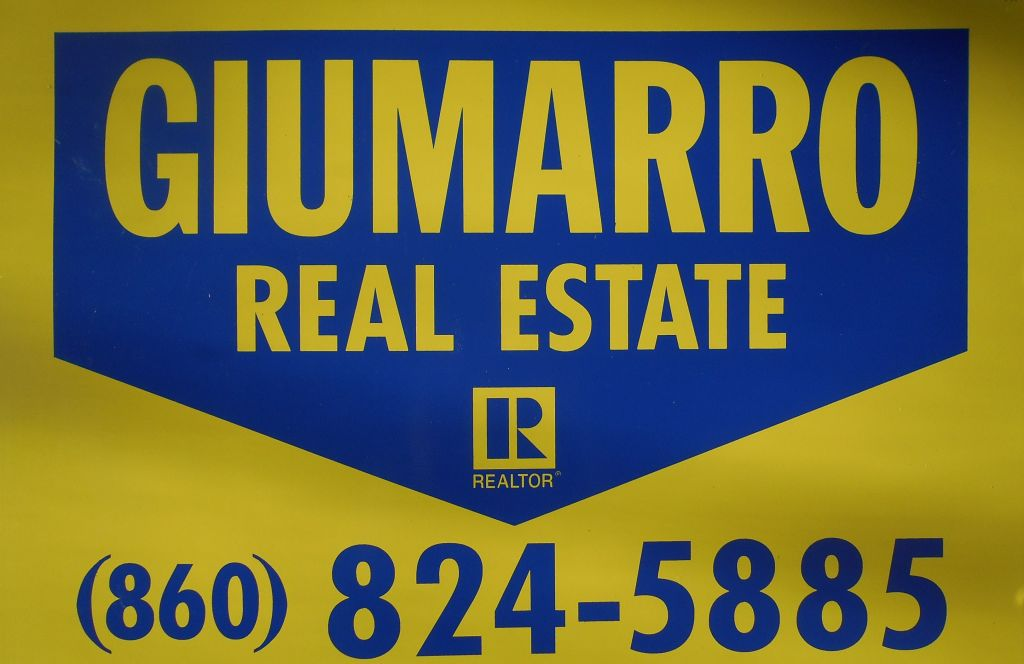 <b>Giumarro Real Estate<b>