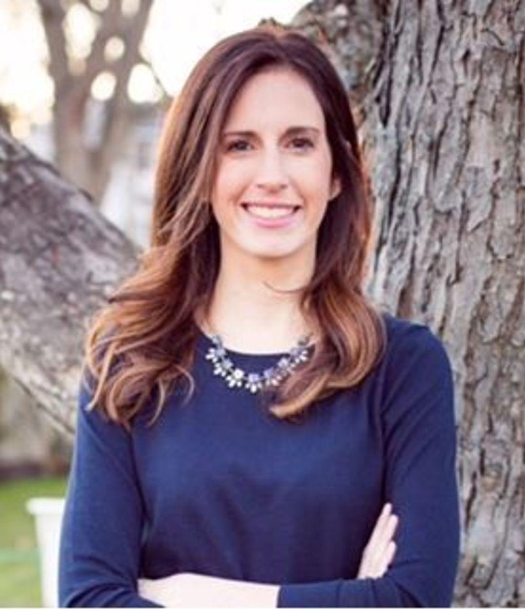 Laura Pollio, Sales Associate