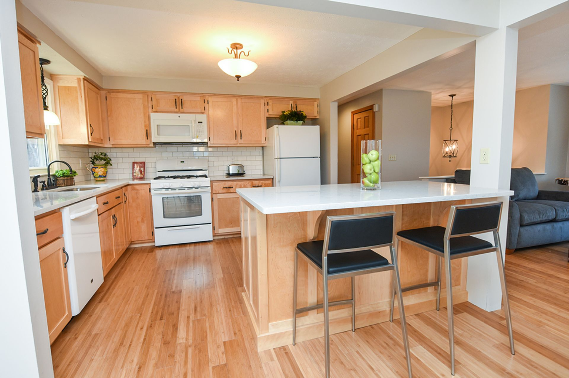 Inviting 4BR Ranch @ 7 Old Manchester Rd in Derry