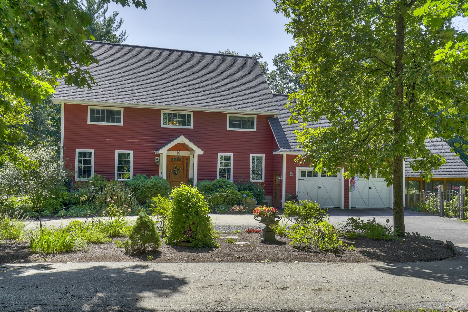 Enchanted Estate living in Hampstead for $499,000 77 Stage Rd